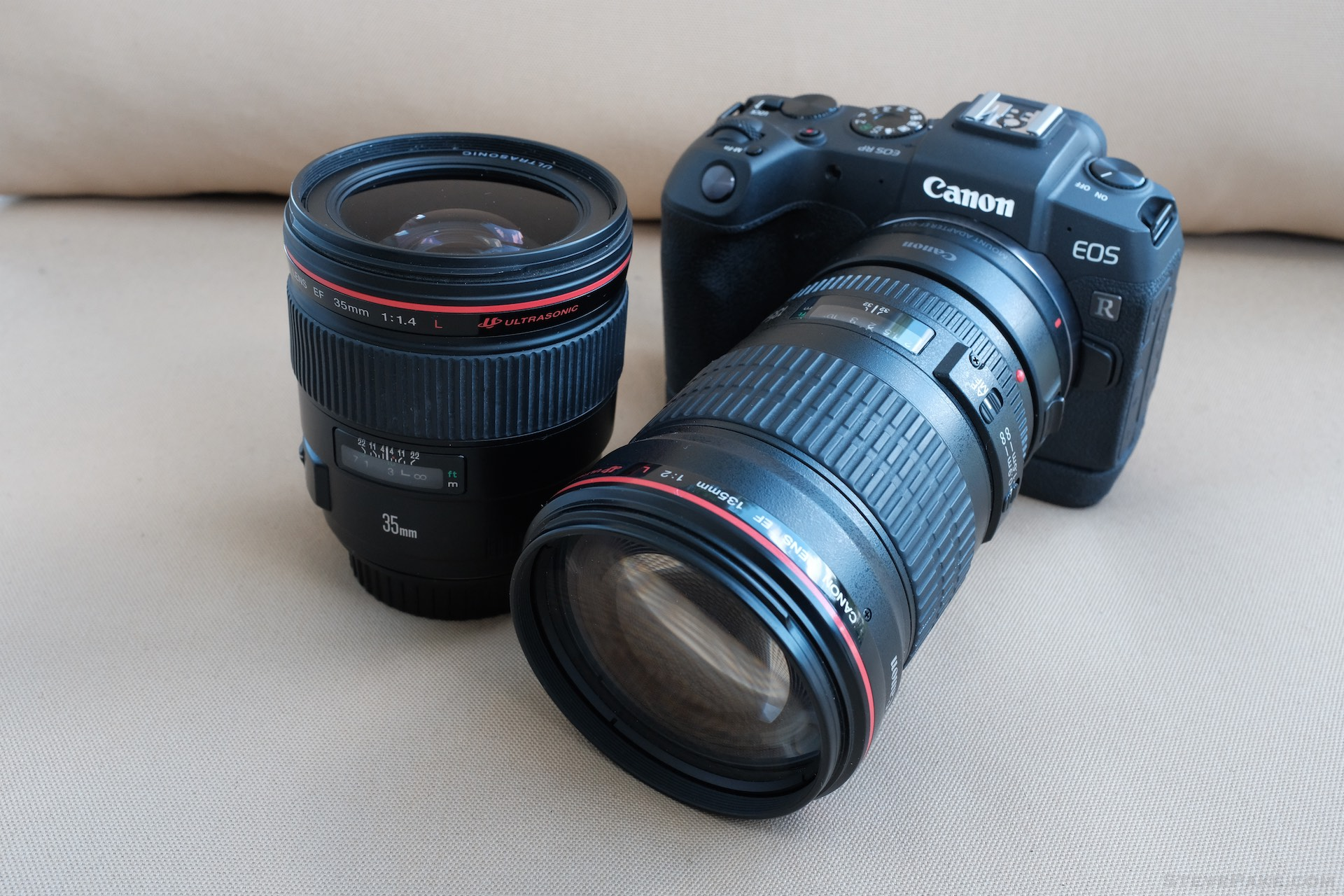 The dynamic duo back in their natural element, the Canon 35mm f/1.4L and 135mm f/2L lenses on a proper full-frame camera, the Canon EOS RP.
