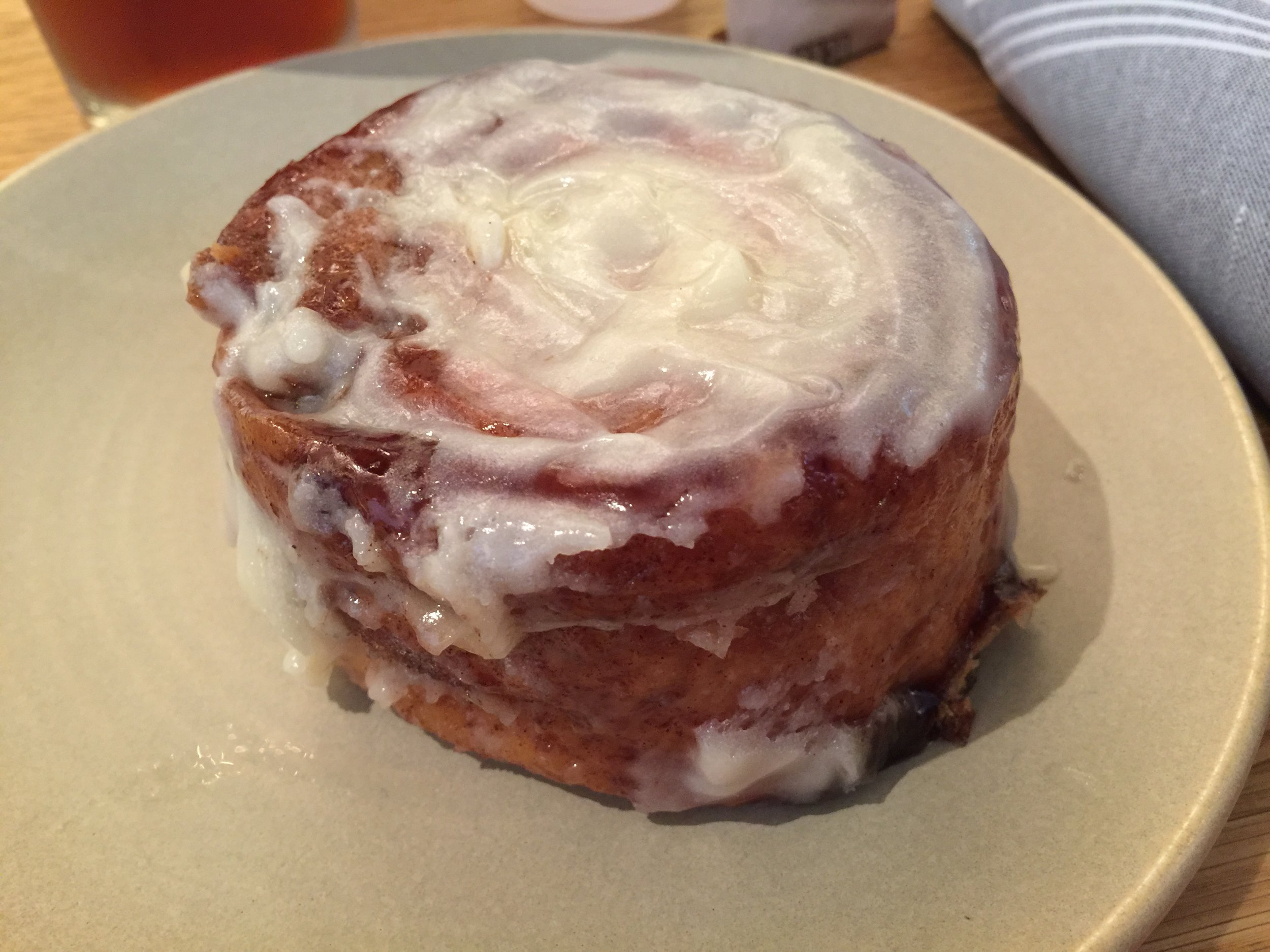 Straight off my phone with metadata that should still be intact - the gluten free cinnamon roll at Summer House Santa Monica is legit!