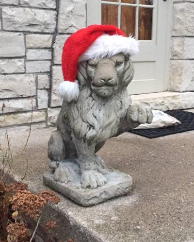 The Christmas Lions of Milwaukee Street