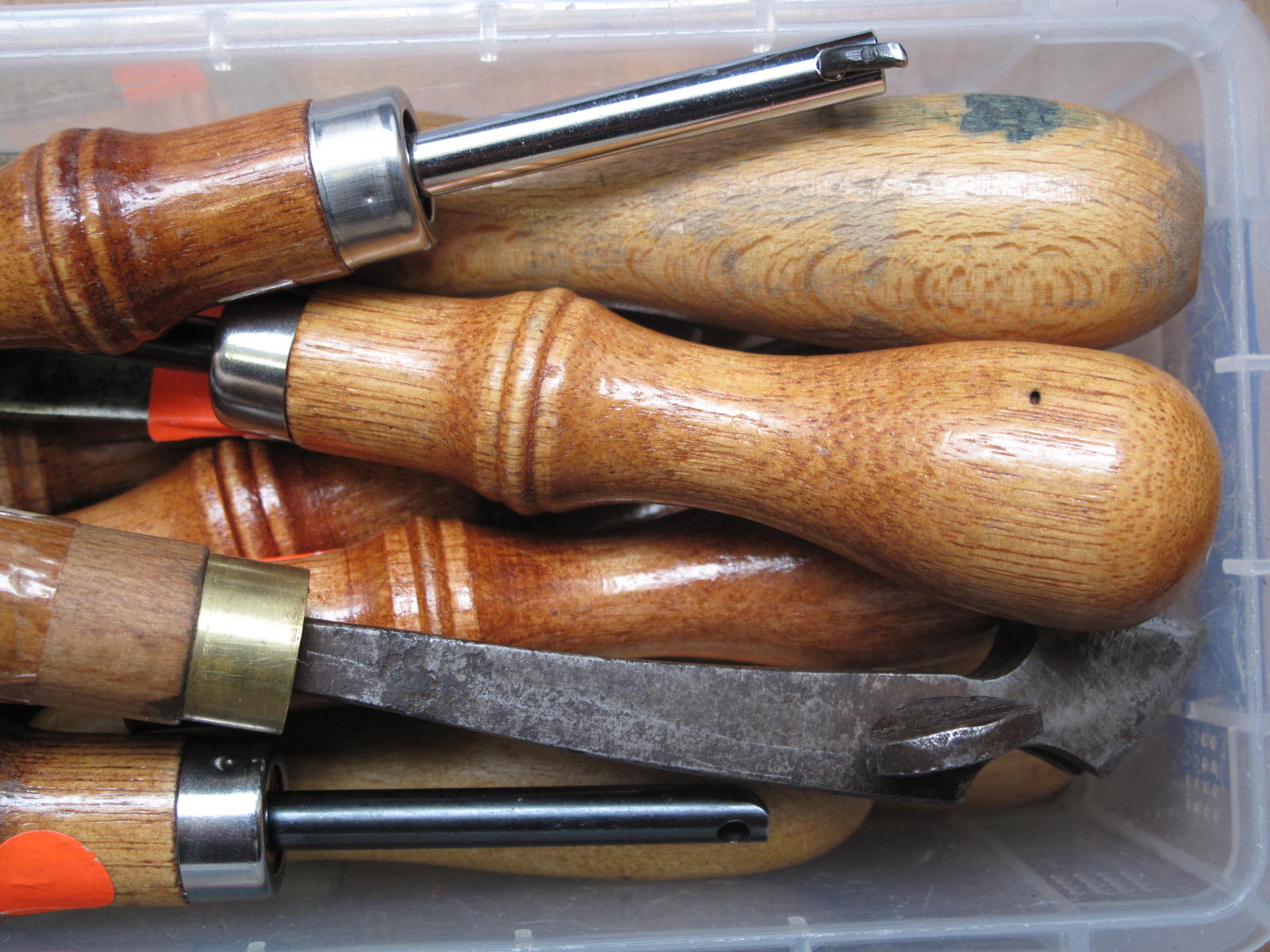 Tools can be enigmatic - functional, specific, strangely named. Saddlery tools - co-opted for fine leather work - are no exception;is that a stitching fork or a pricking iron? Groover, channeller or creaser?
