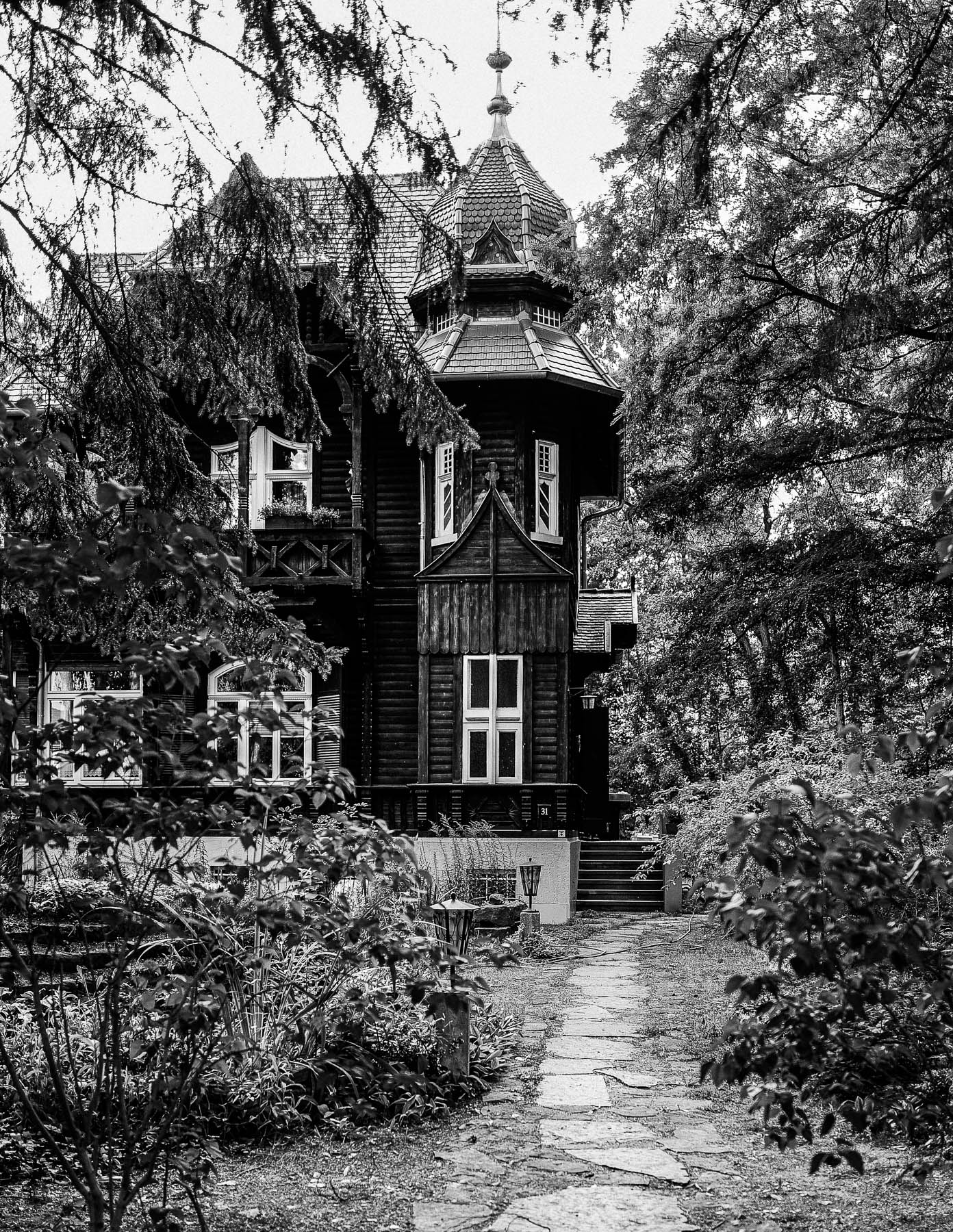 0004_Zeuthen_Lake_Old_Buildings.jpg