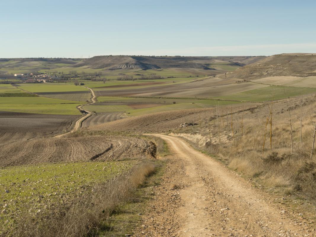 Llegando a Hornillos del Camino / Reaching Hornillos del Camino