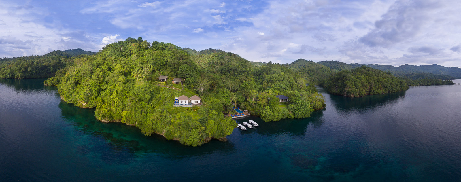 Lembeh Resort sits in the lush, green, peaceful hills of Lembeh Straight surrounded by nutrient rich waters, making it the perfect backdrop for an epic yet relaxing dive adventure.