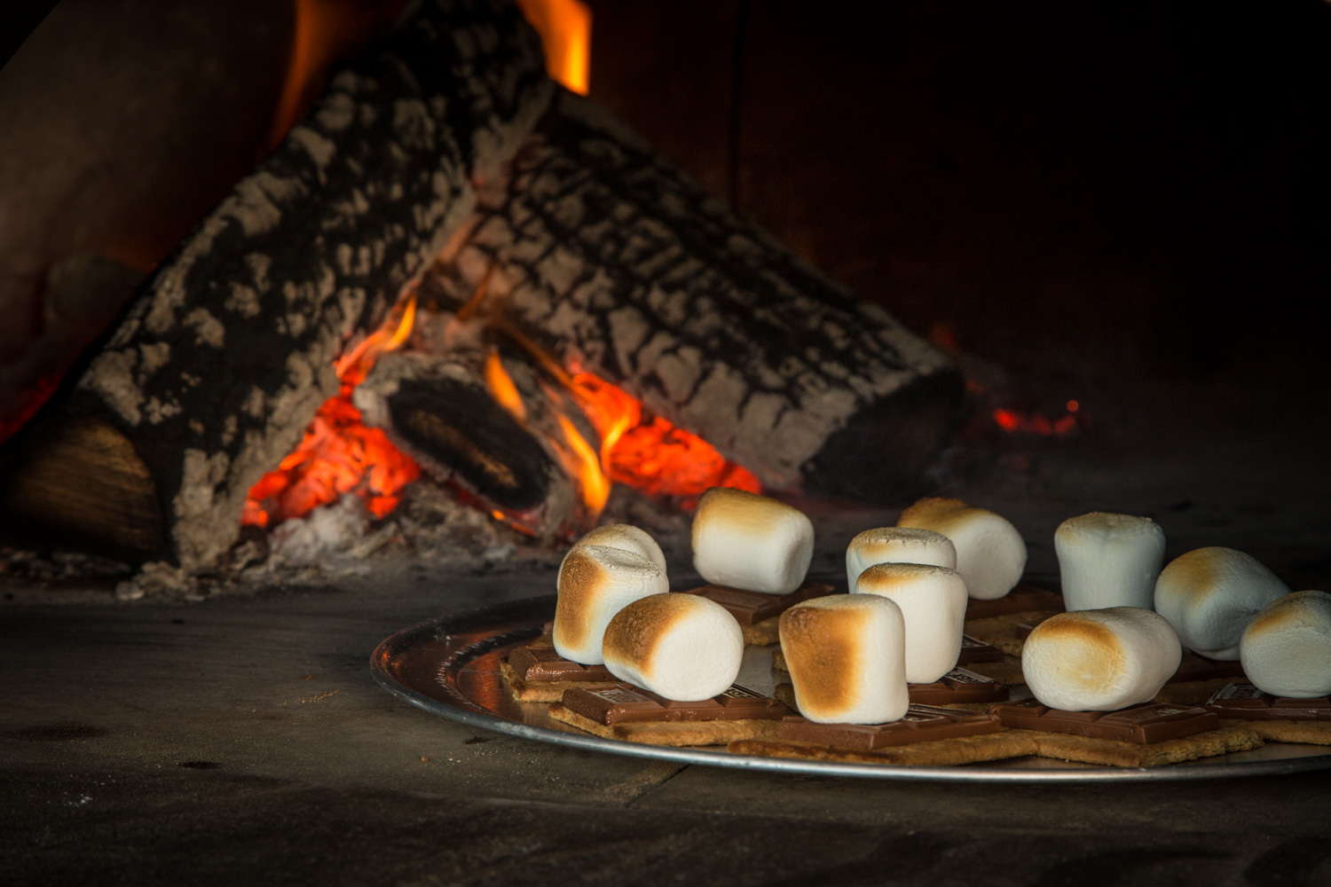 Brick oven s'mores