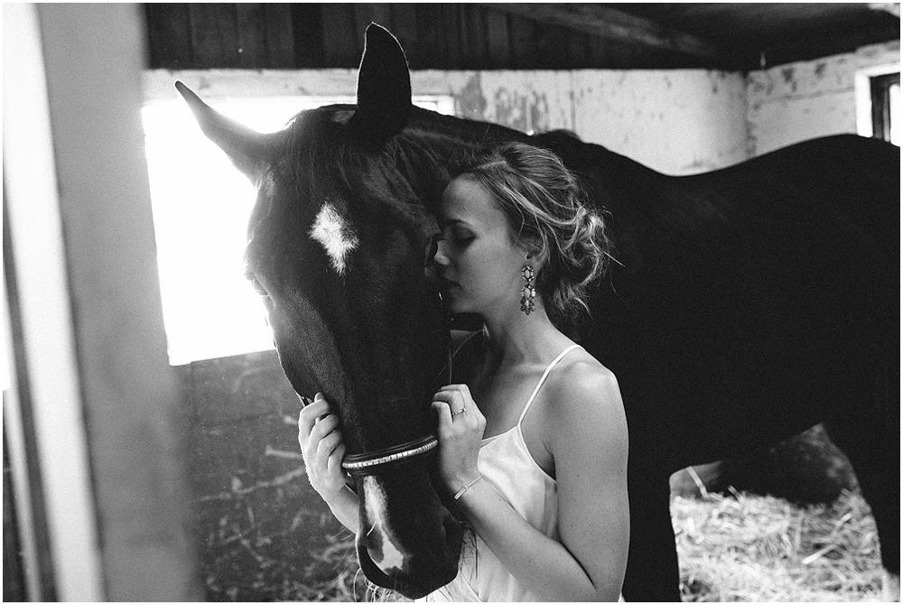 Paarfotos-mit-Pferd_0005.jpg