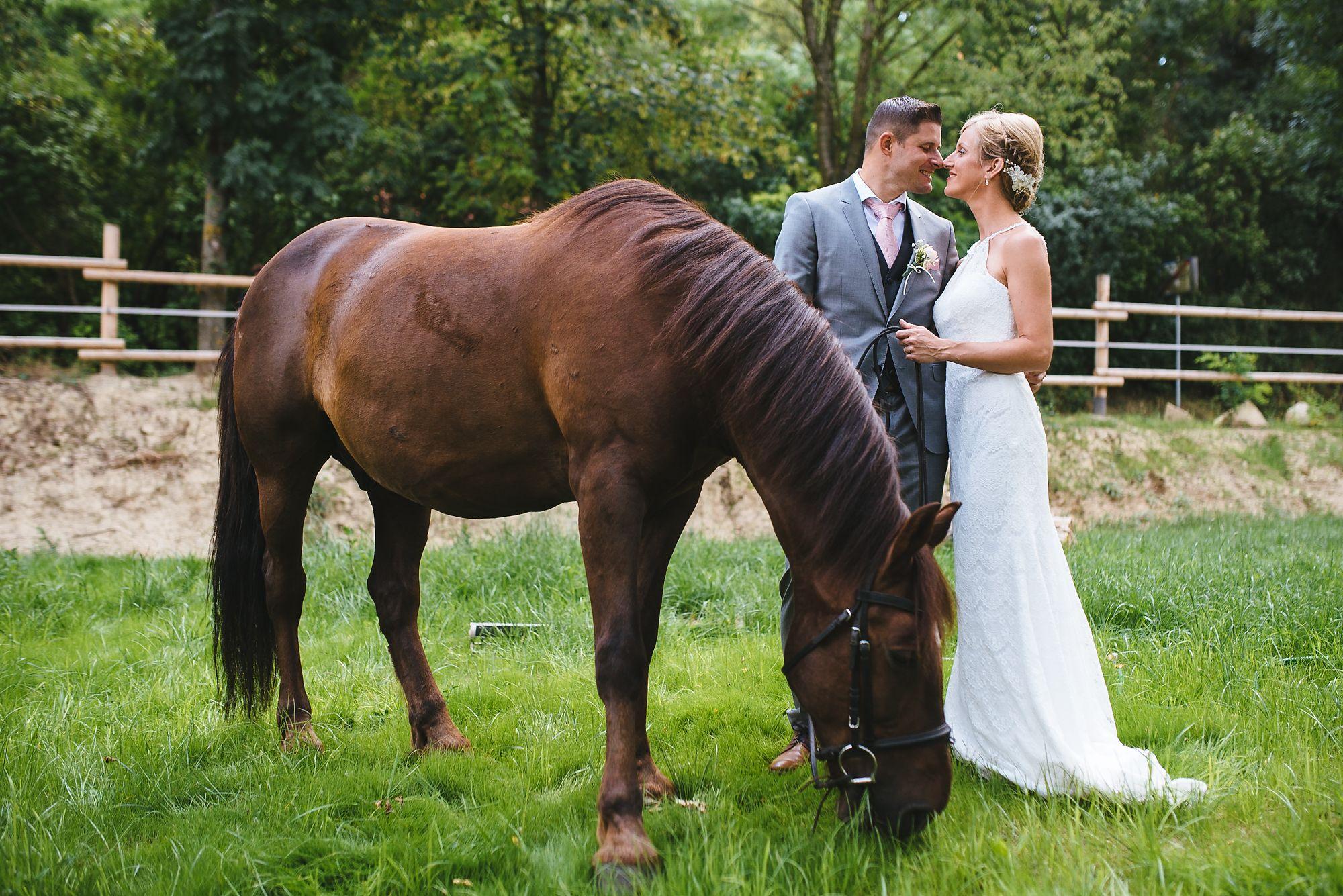 Hochzeit-Weingut-Dworzak-Weinstimmig-24.jpg