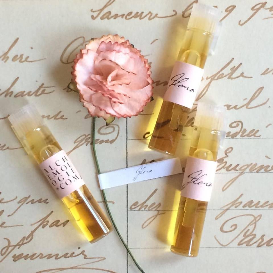 perfume sample wedding favors