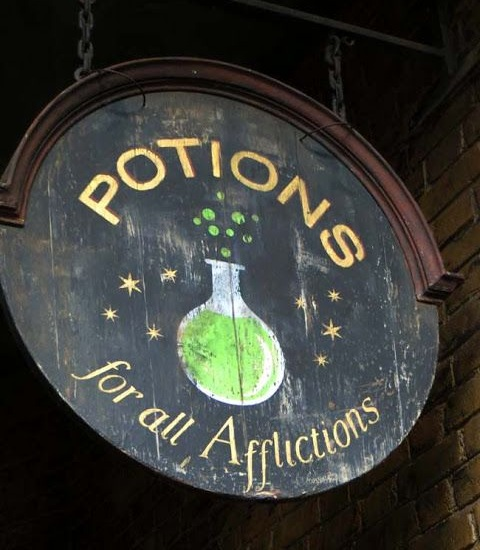 Potions for All Afflictions sign at Diagon Alley