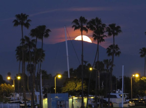 full-moon-long-beach.jpg
