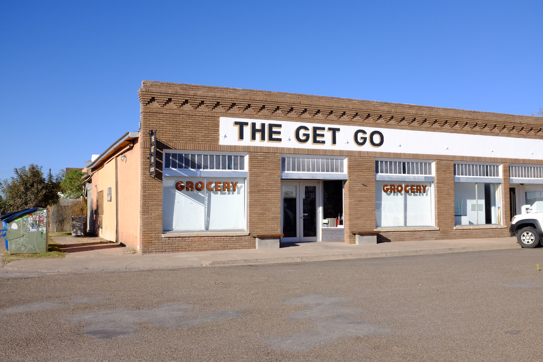 the get go grocery store marfa