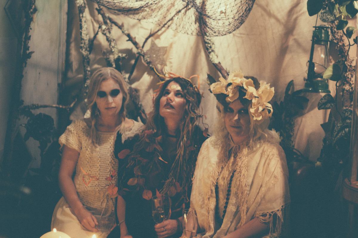 Witch babes do it best: Gina Di Girolamo +Sarah Buscho + Marina Storm