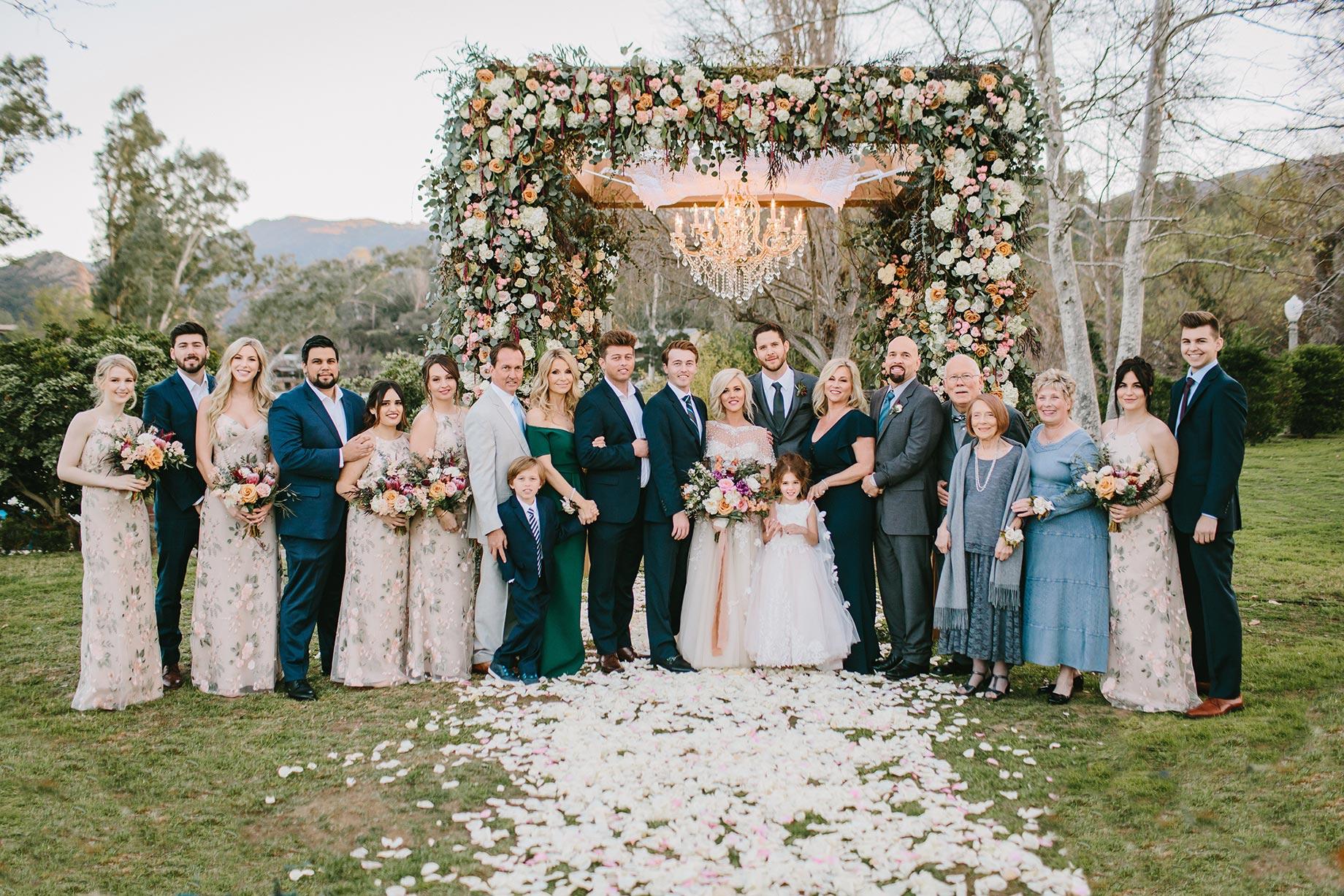 Tamiandroy-Wedding-Party-on-the-Lawn-Malibou-Lake-Lodge.jpg