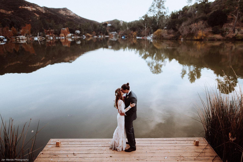 overhead-shot-couple-kissing-on-dock-Wende.jpg