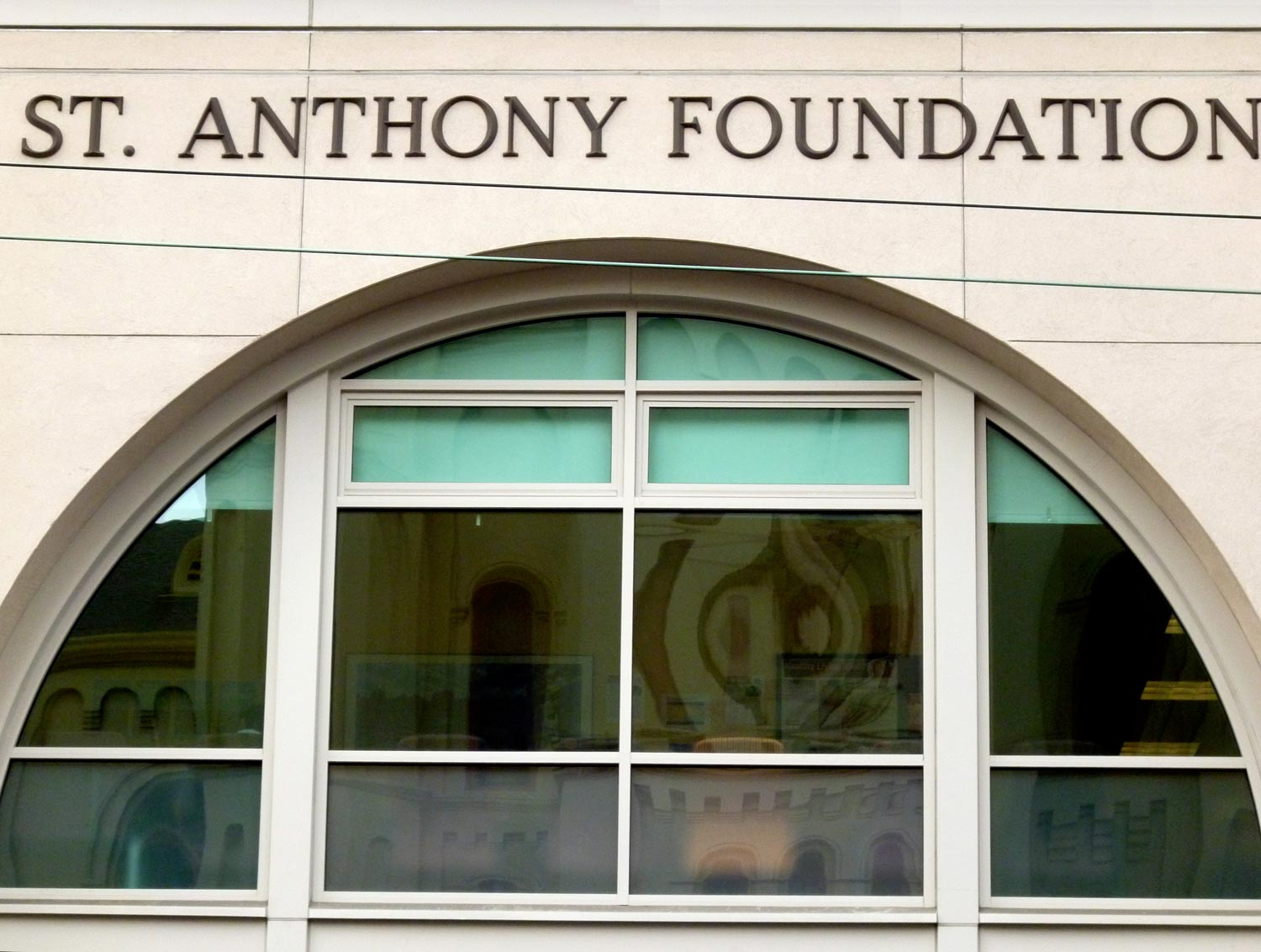 Saint Anthony Foundation   150 Golden Gate Ave   map    1st & 3rd Monday 1:30 - 3:30 pm   ( by reservation only)