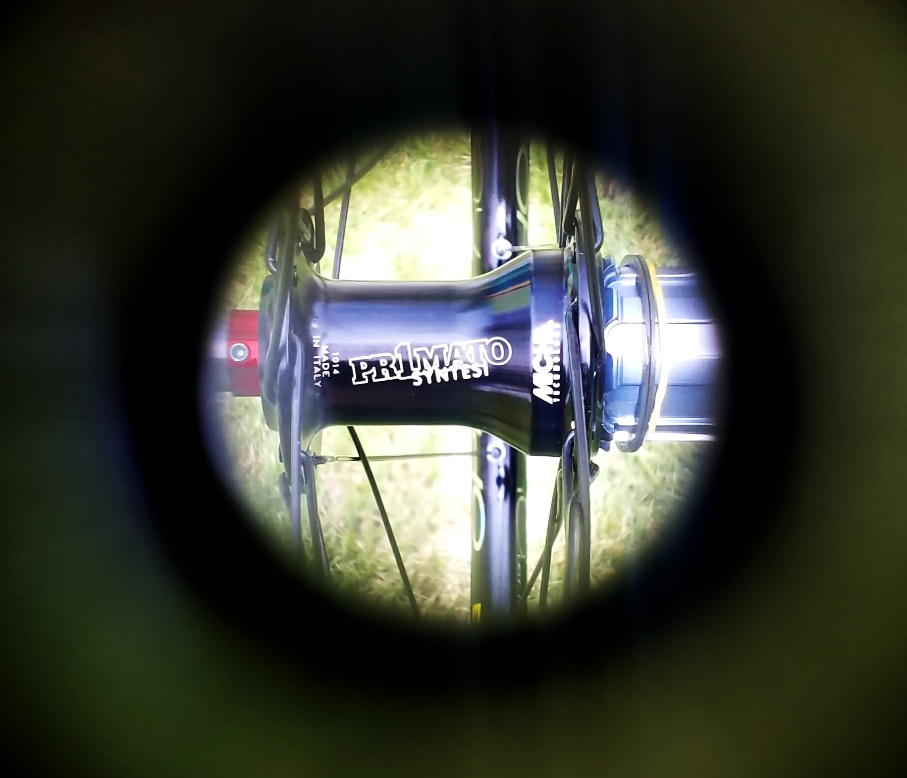 A little valve hole vision