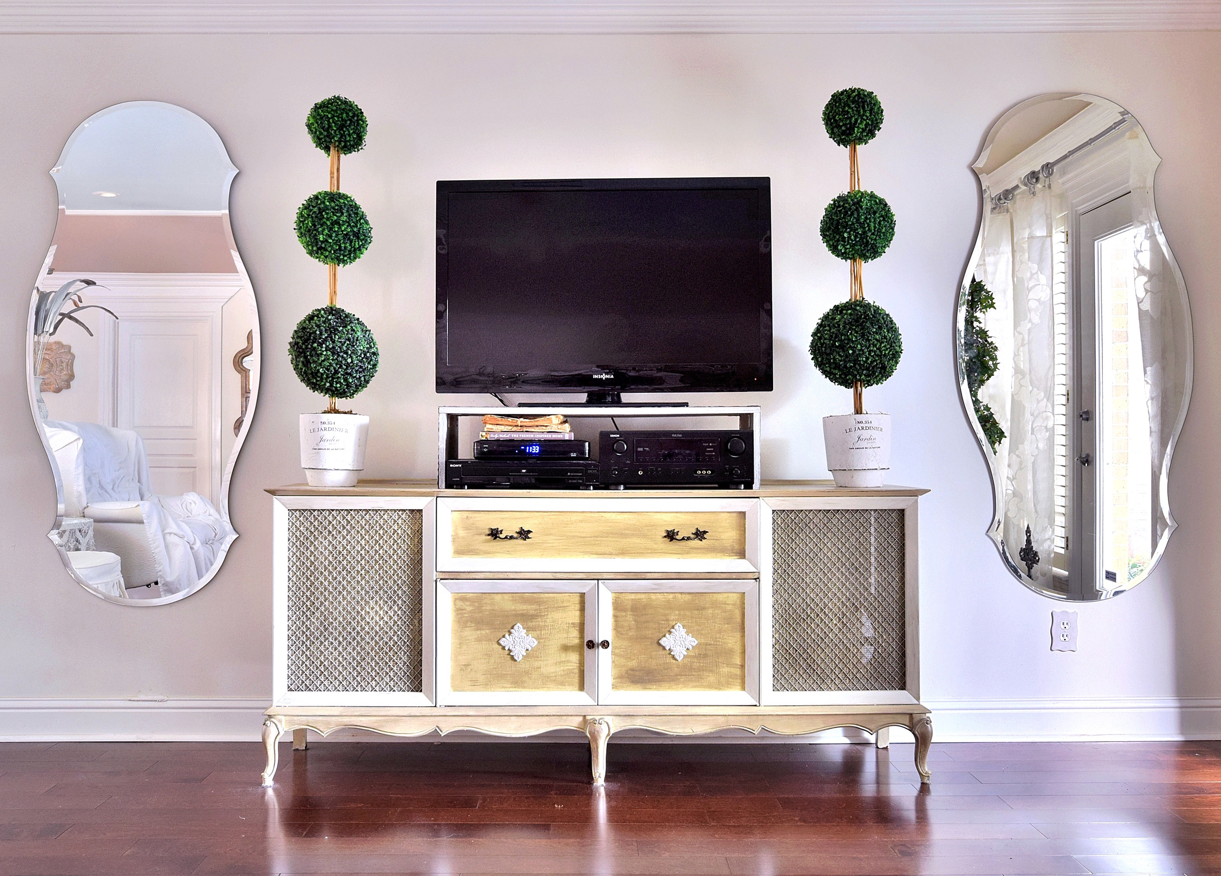 vintage tv console decor new orleans interiors khb interiors