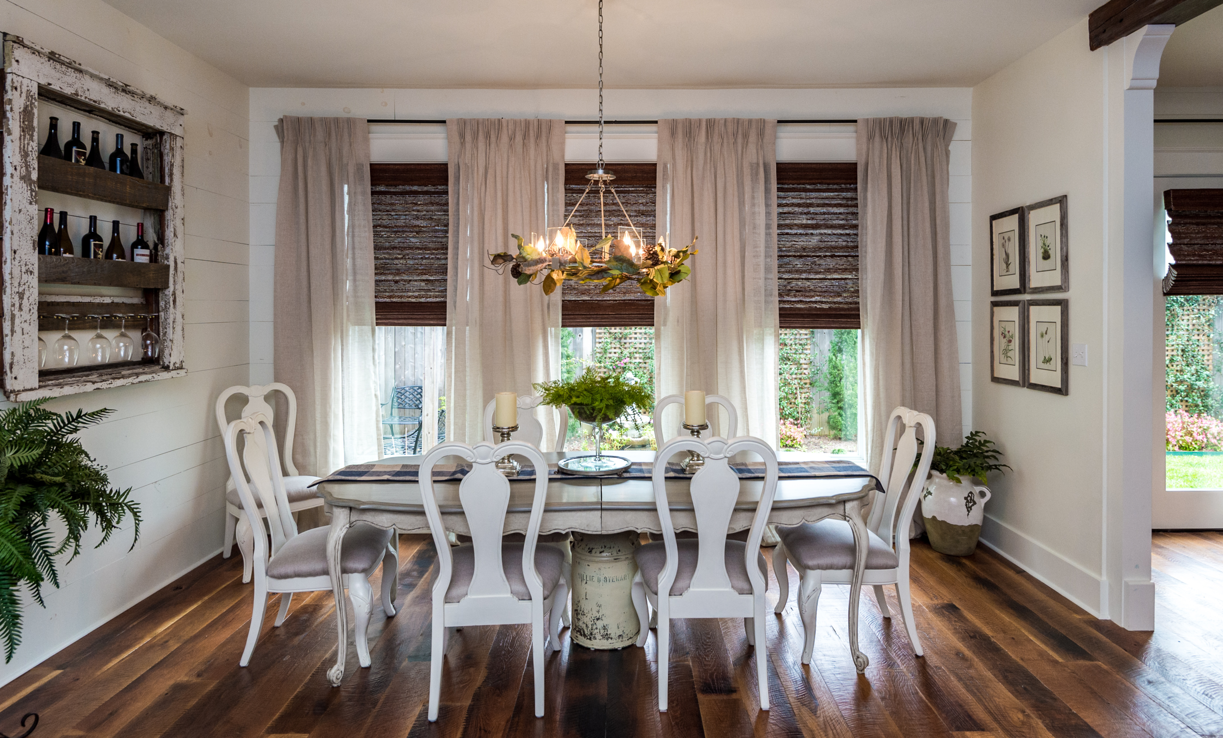 KHB Interiors award winning new orleans interior designer metairie decorator interiors garden district new orleans table shot.png