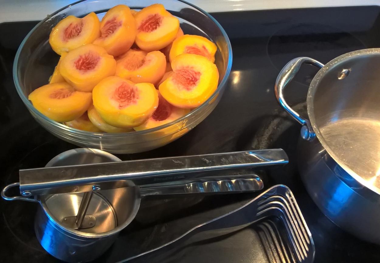peach3 (2).jpg
