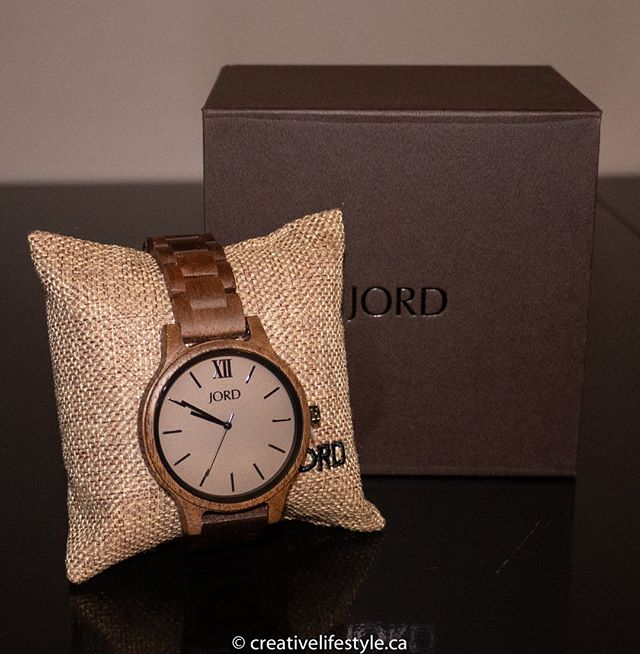 Trending This Spring: Minimalist Conversational Pieces by JORD! How gorgeous is my new Jord Watch? Read all about it and enter the giveaway      at https://crtvlsy.ca/2FAqDGq! * * @jordwatches_nicole #woodwatch #woodwatches #watch #watchesofinstagram