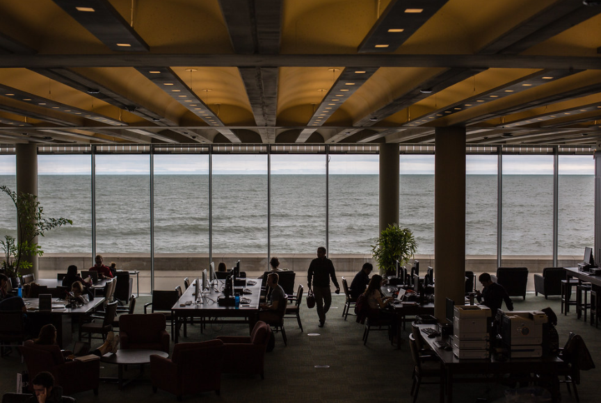 A view inside the Information Commons during Finals Week on the Lake Shore Campus, May 4, 2016. (Photo:  Natalie Battaglia ,)