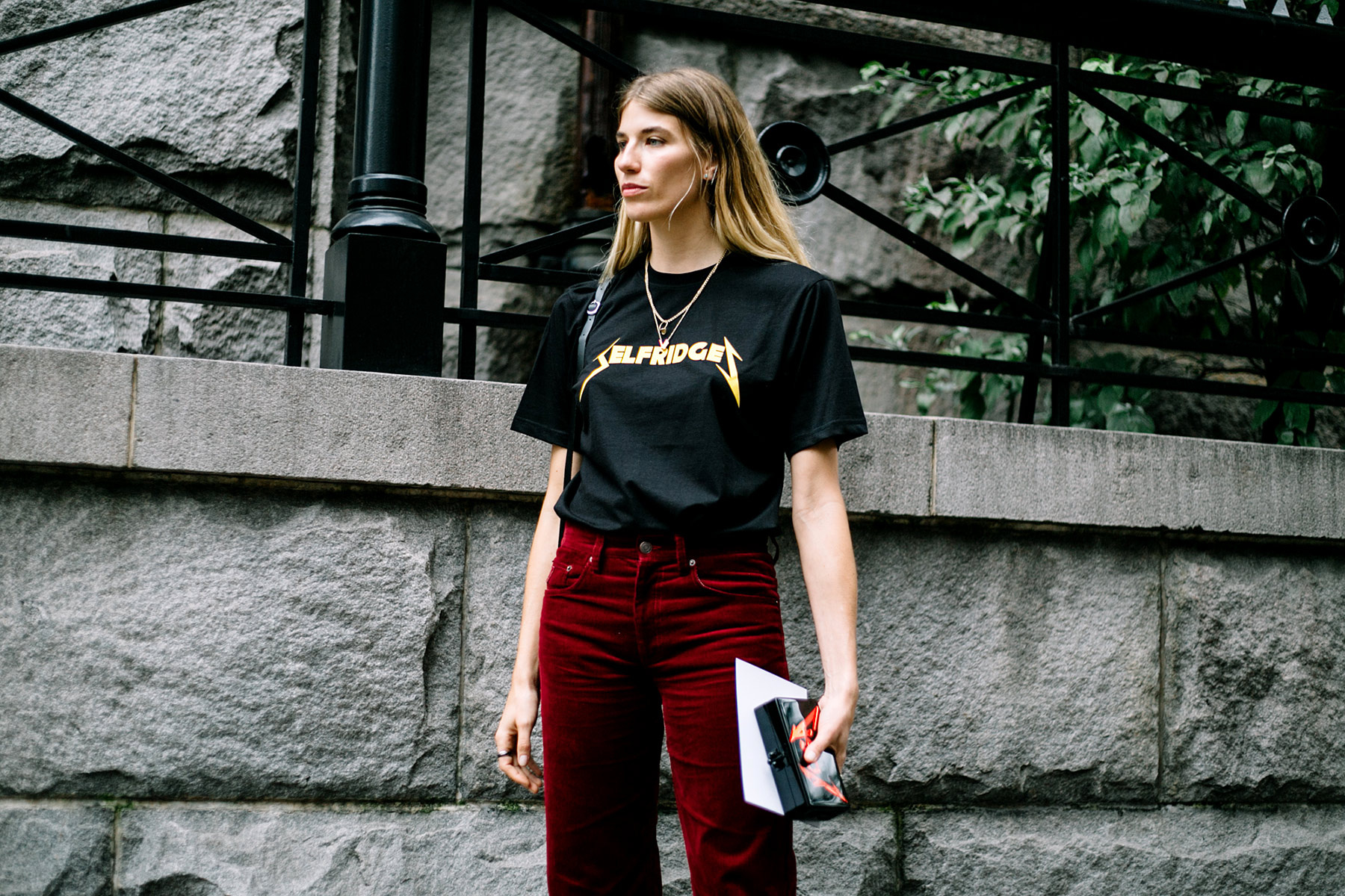 street_style_new_york_fashion_week_primavera_verano_2018_381719159_1800x1200.jpg