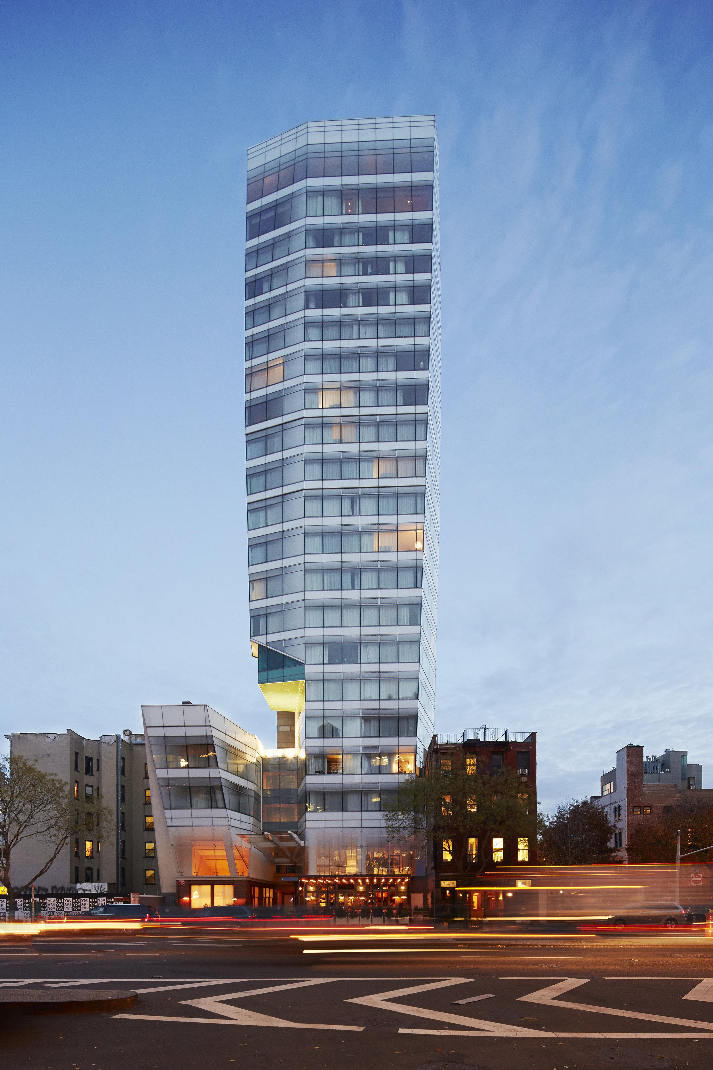STEV_Exterior_Hotel_HR_ThomasLoof.jpg