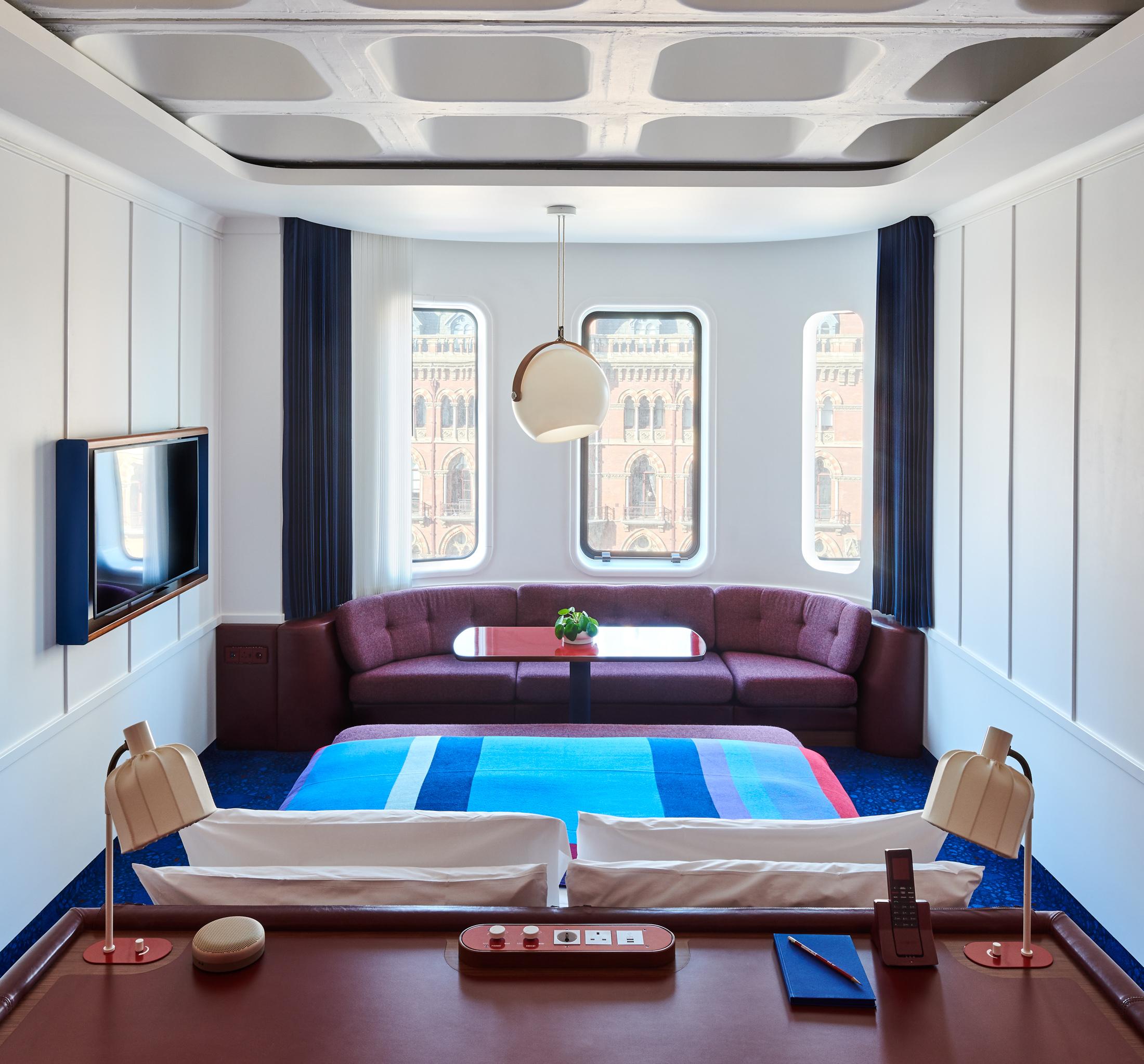 TS London-King Room (18).jpg