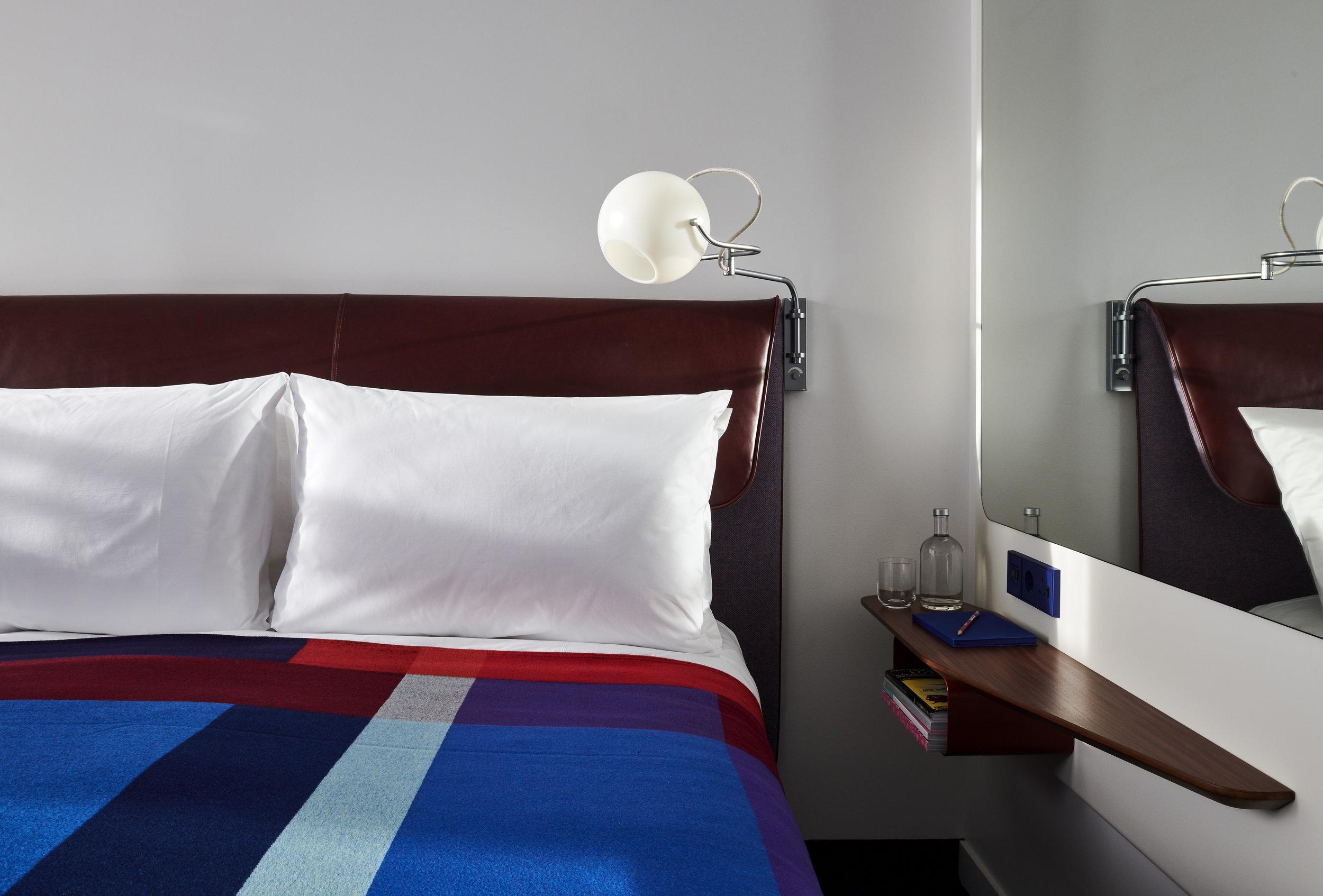 TS London--Standard Room (11).jpg