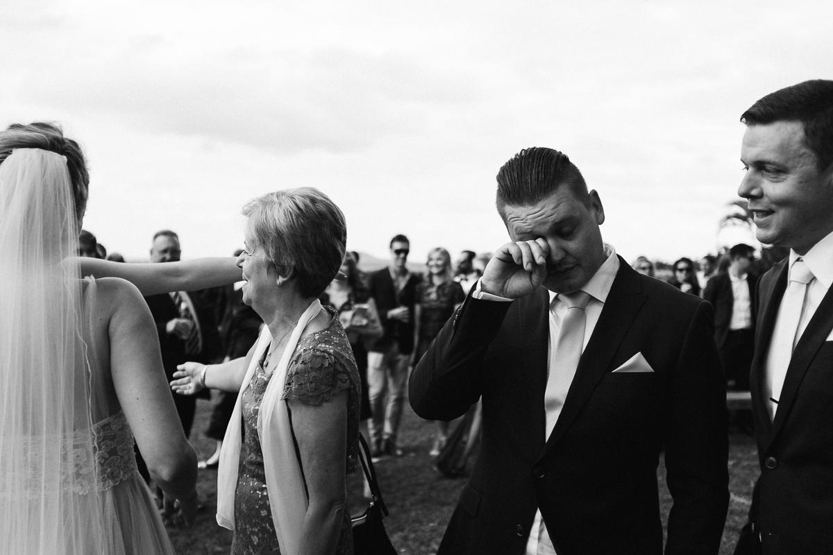 Ben-whitmore-Byron-Bay-Fig-Tree-Wedding-1001254.jpg