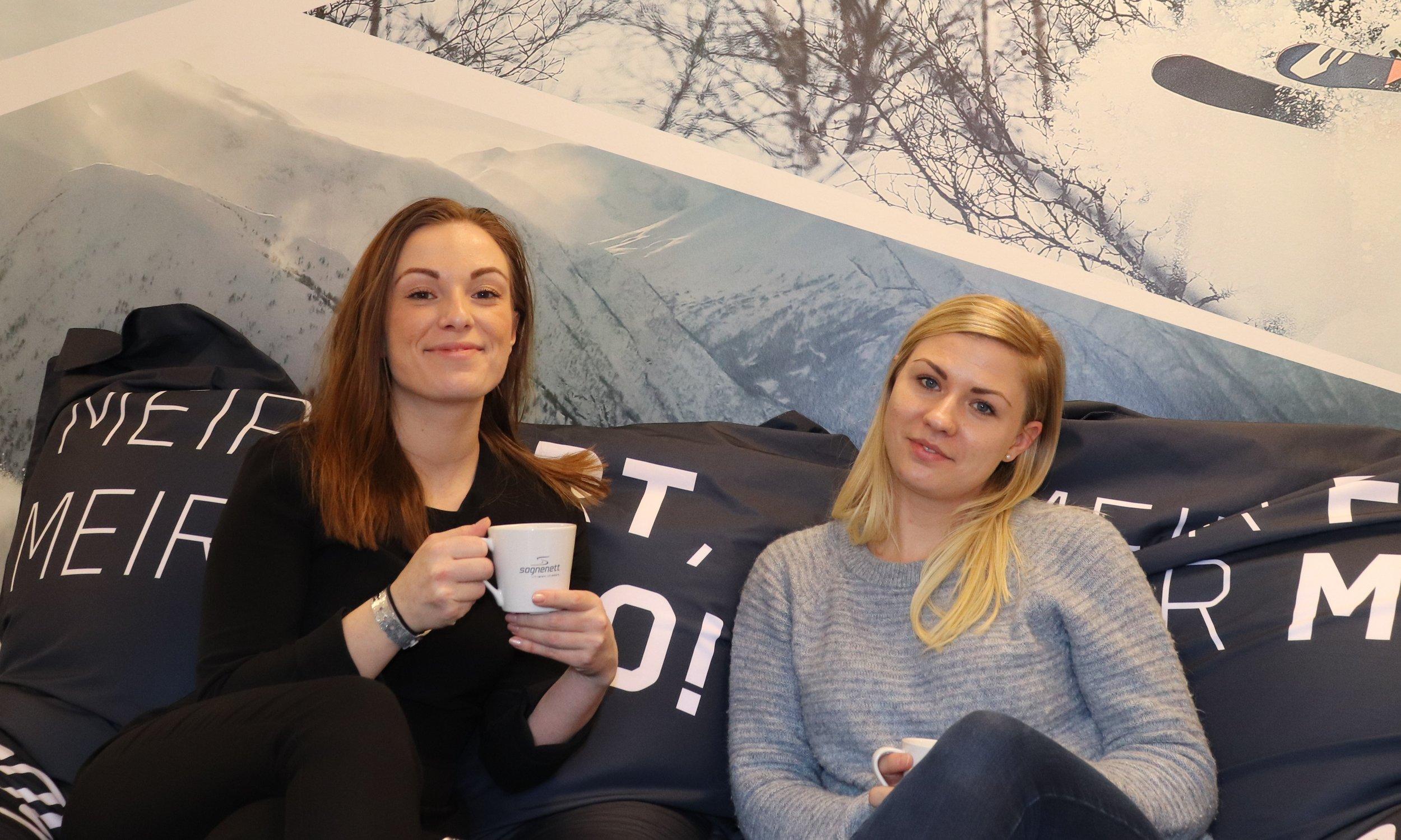 Marknadsleiar Christine Helen Førde og  Kundetenestekoordinator Madeleine Larsen Barmen