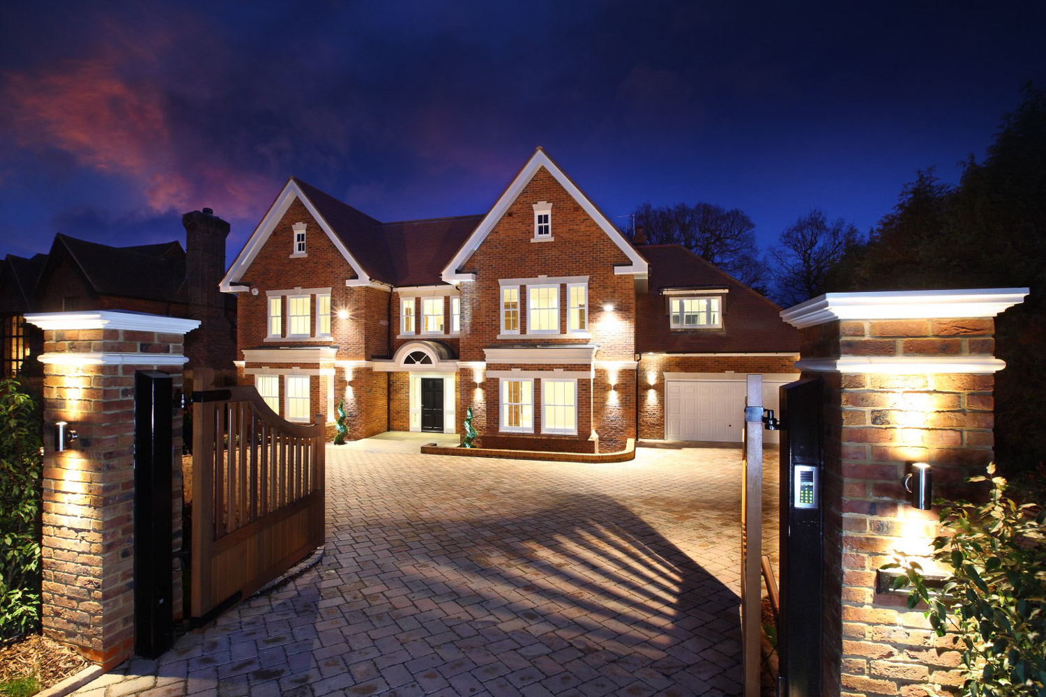 Luxury house in Esher Surrey. Luxury homes Surrey, new homes Esher.