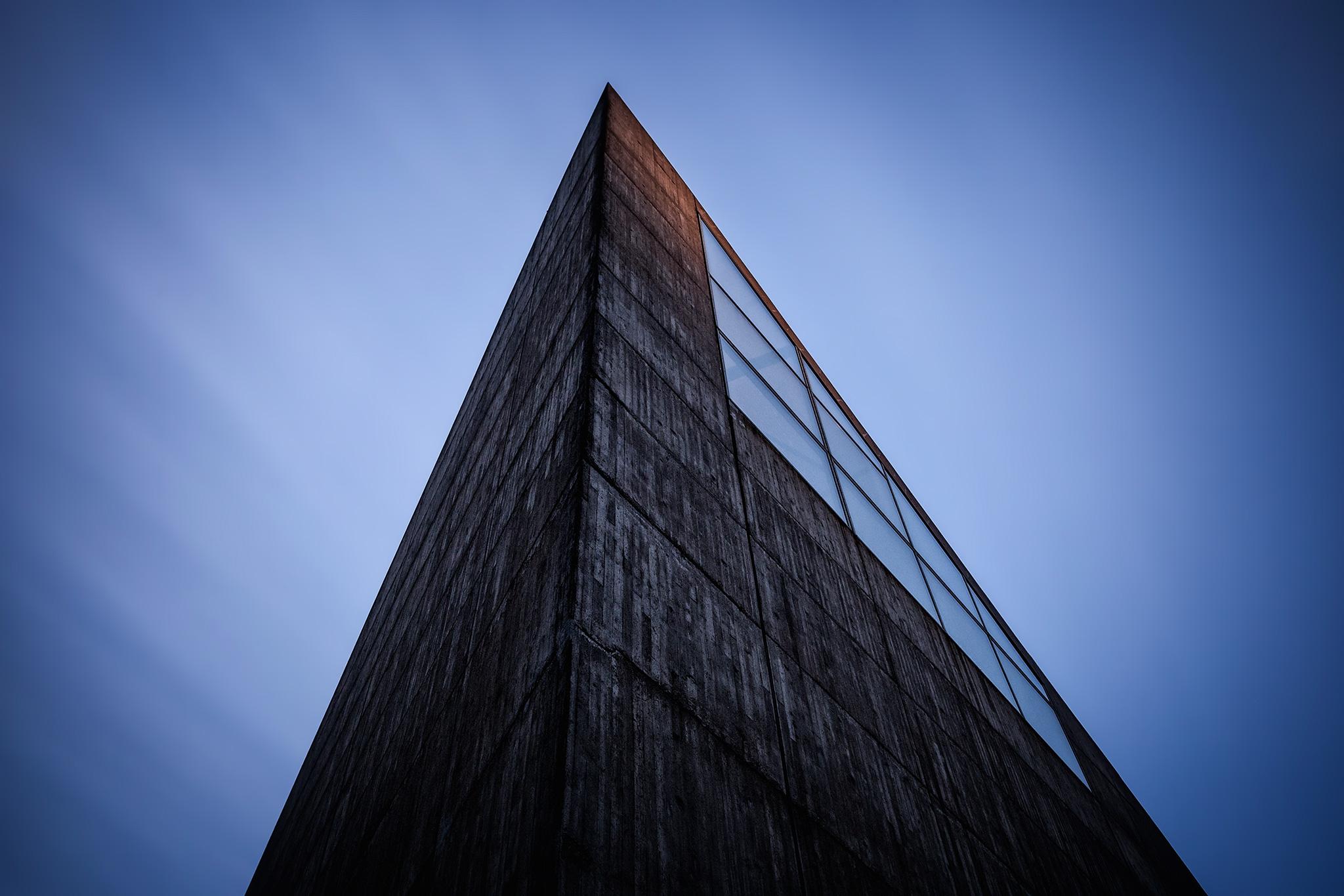 4 Minutes of Concrete - Roparnäs kyrka