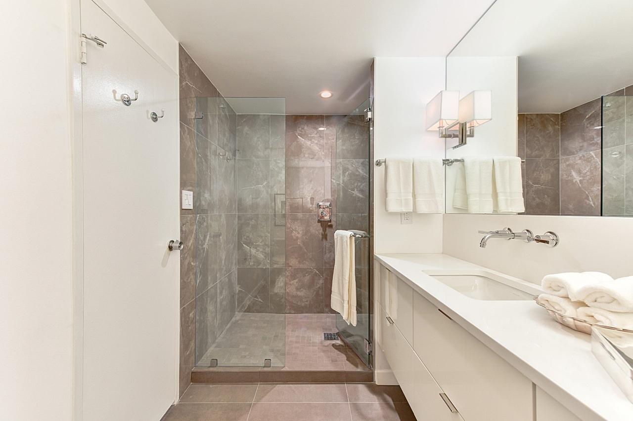 Bathroom Design by Jackie Chalkley