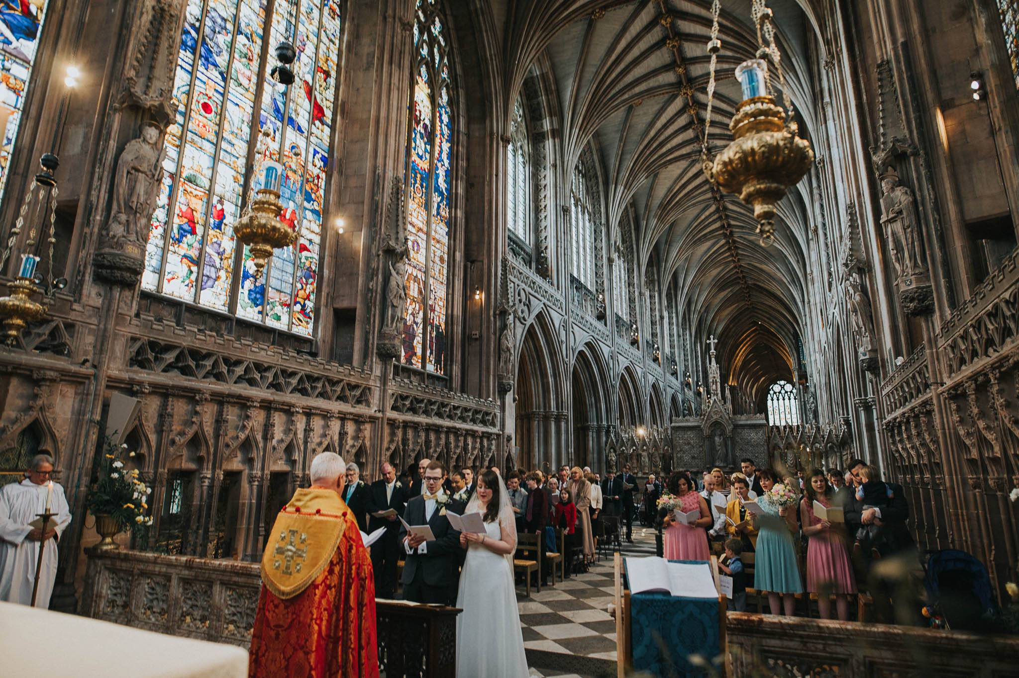 lichfield-cathedral-wedding-photography 7.jpg