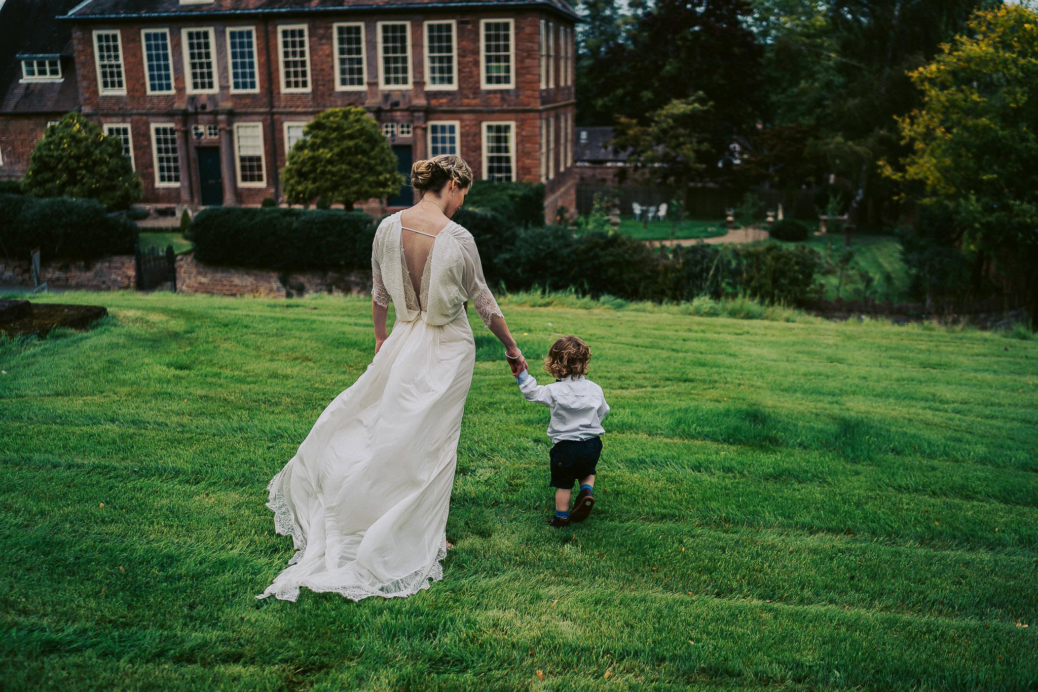 Staffordshire-Wedding-Photographer-186.jpg