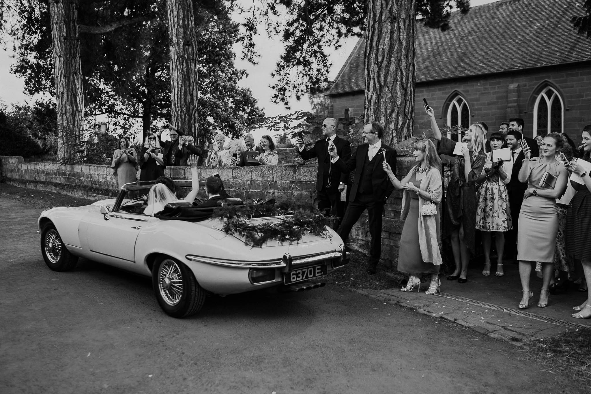 jaguar-e-type-wedding
