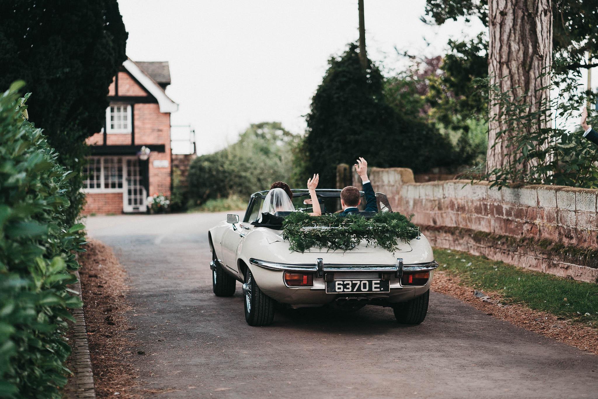 jaguar-e-type-for-wedding