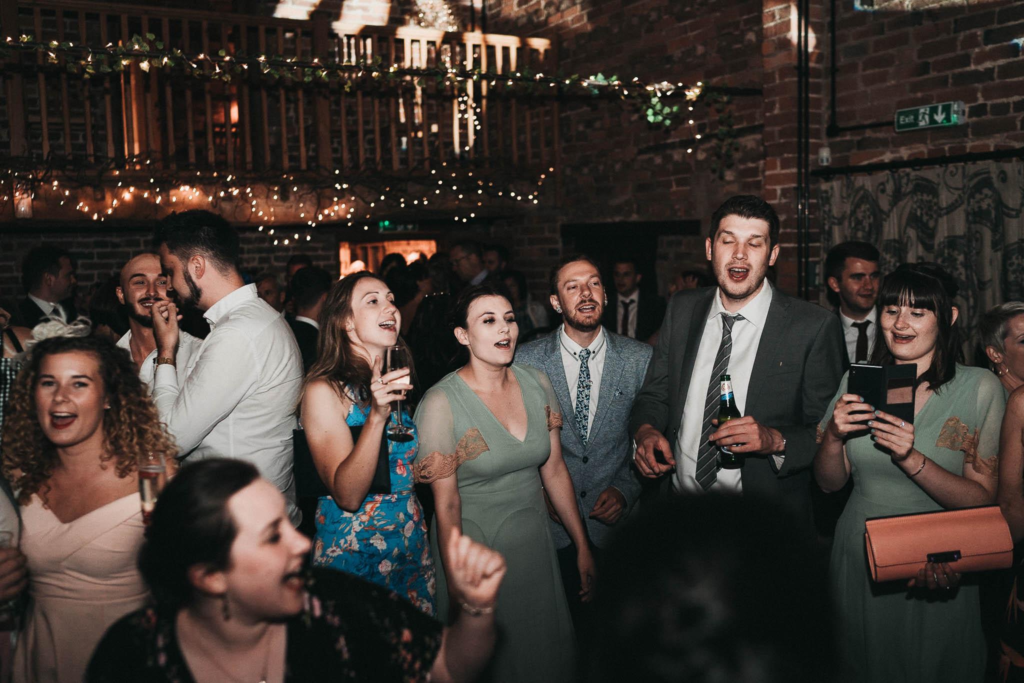 wedding-dancing-pictures