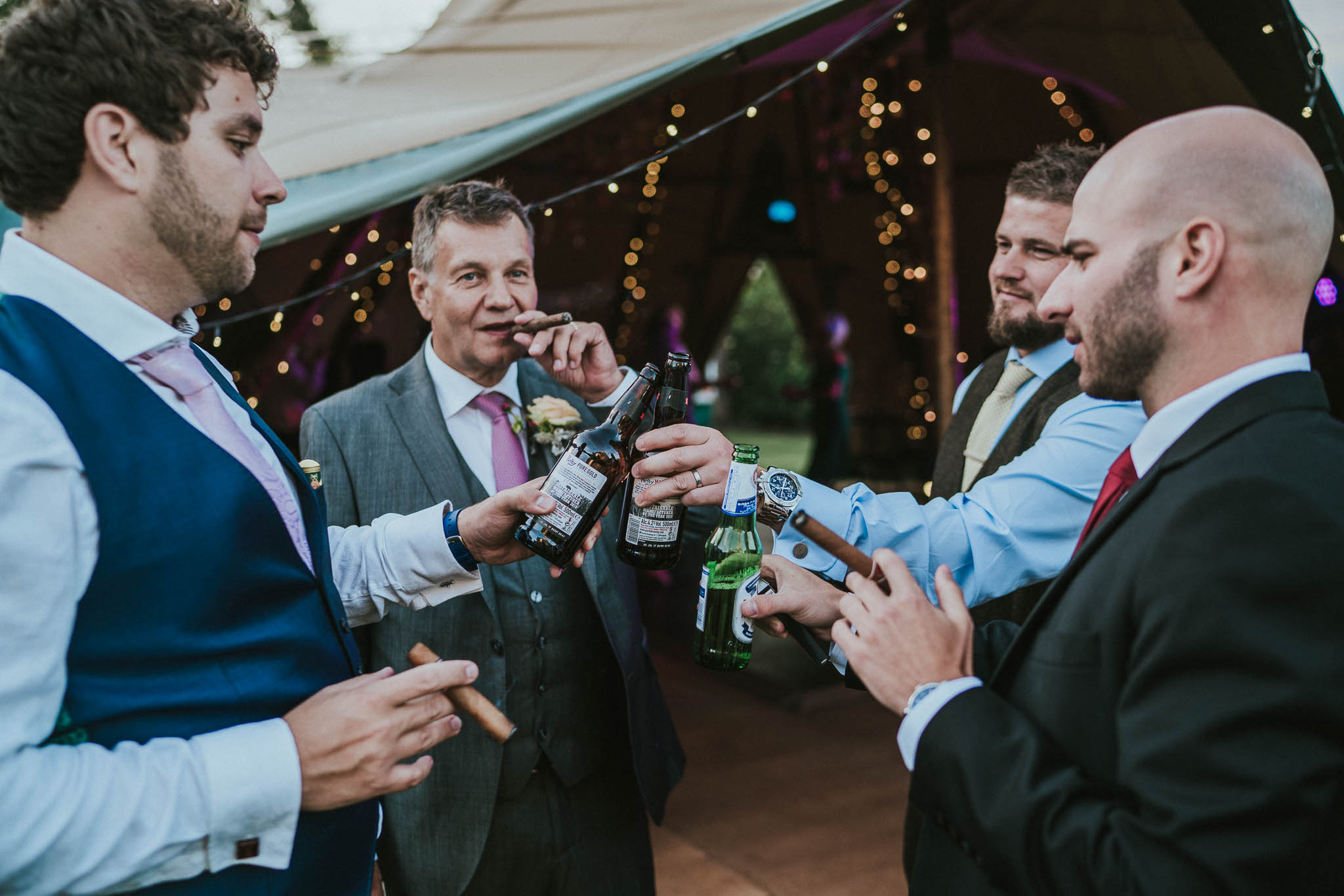 wedding-cigar-pictures