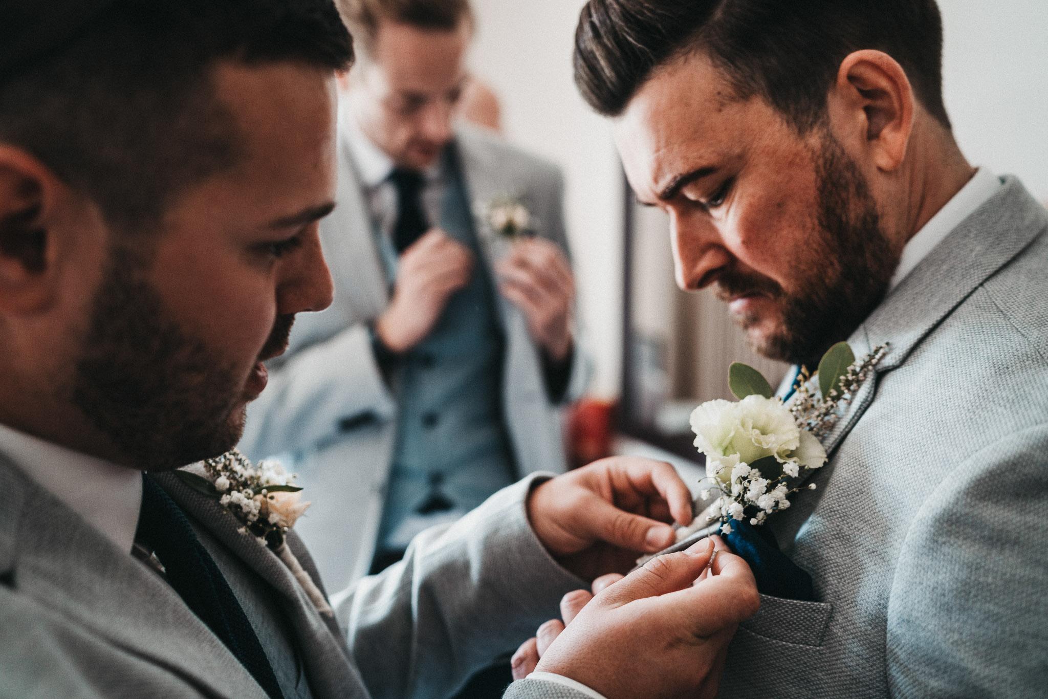 groom-button-hole