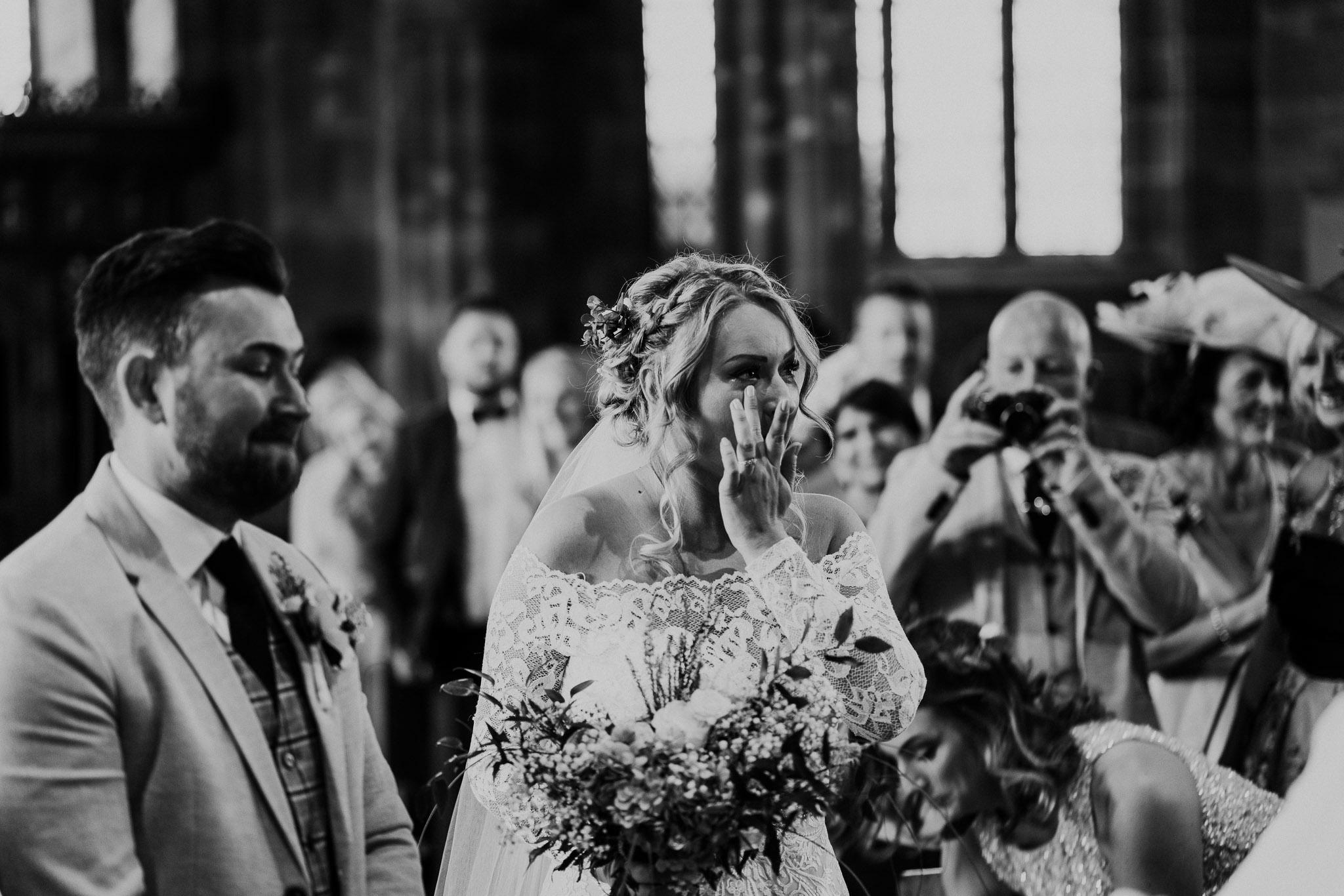 candid-wedding-photographer