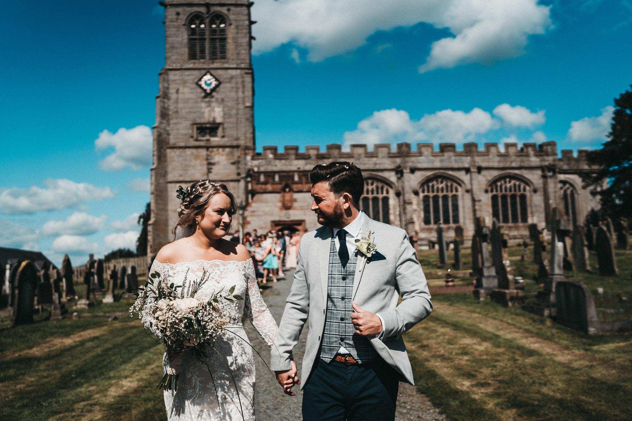 st-chads-hanmer-wedding