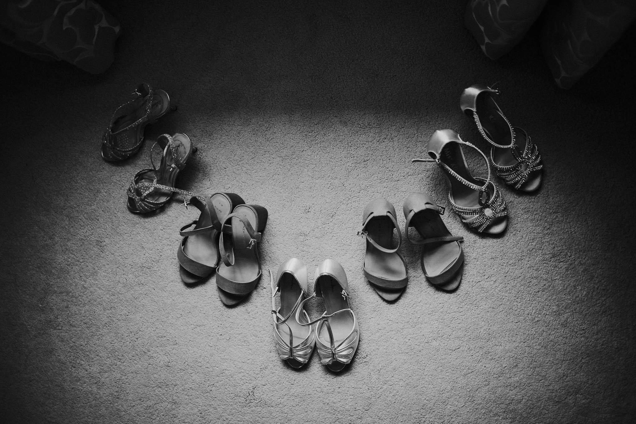 creative-wedding-shoe-picture