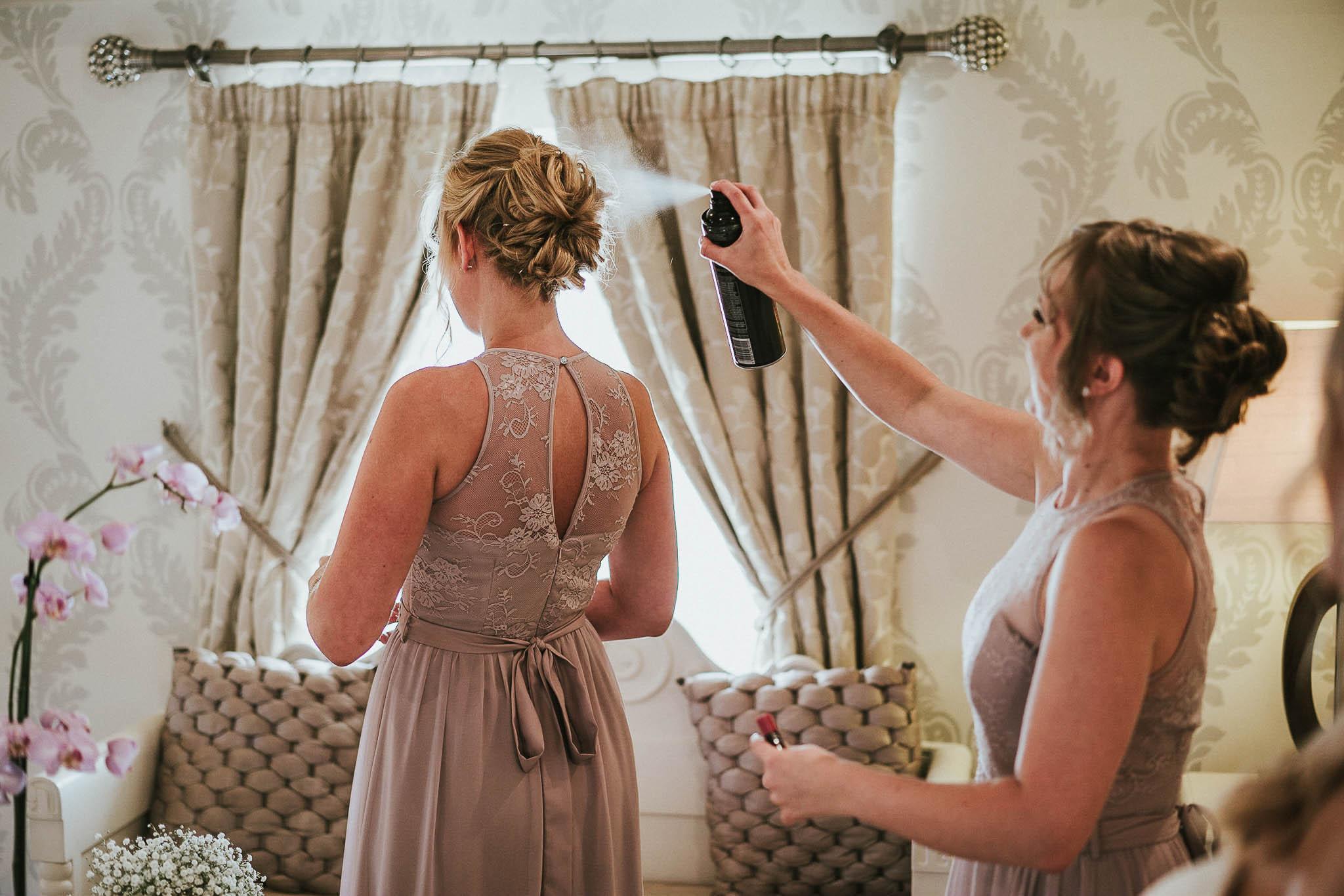 bridesmaid-hair-dressing