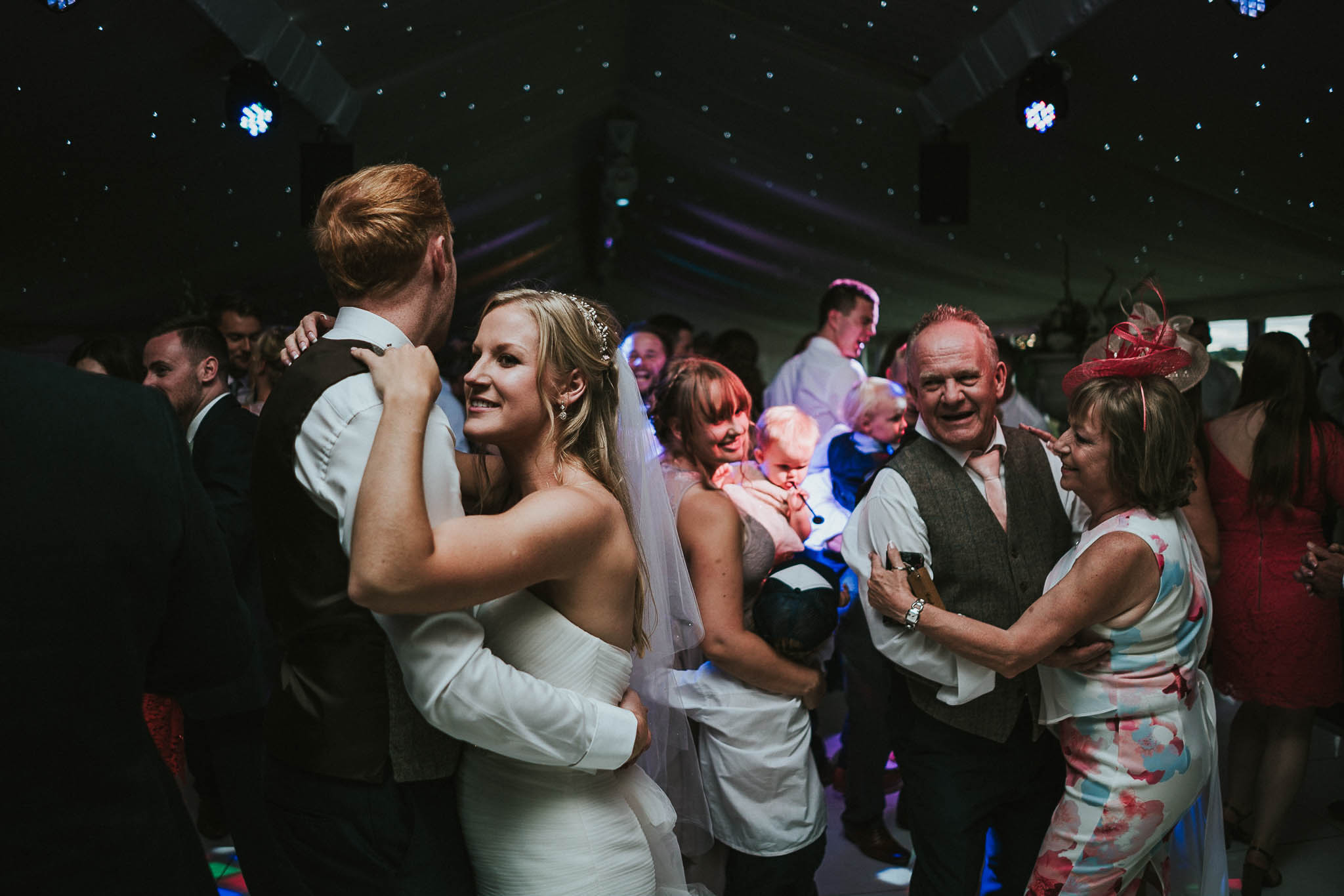 couple-dancing-pictures
