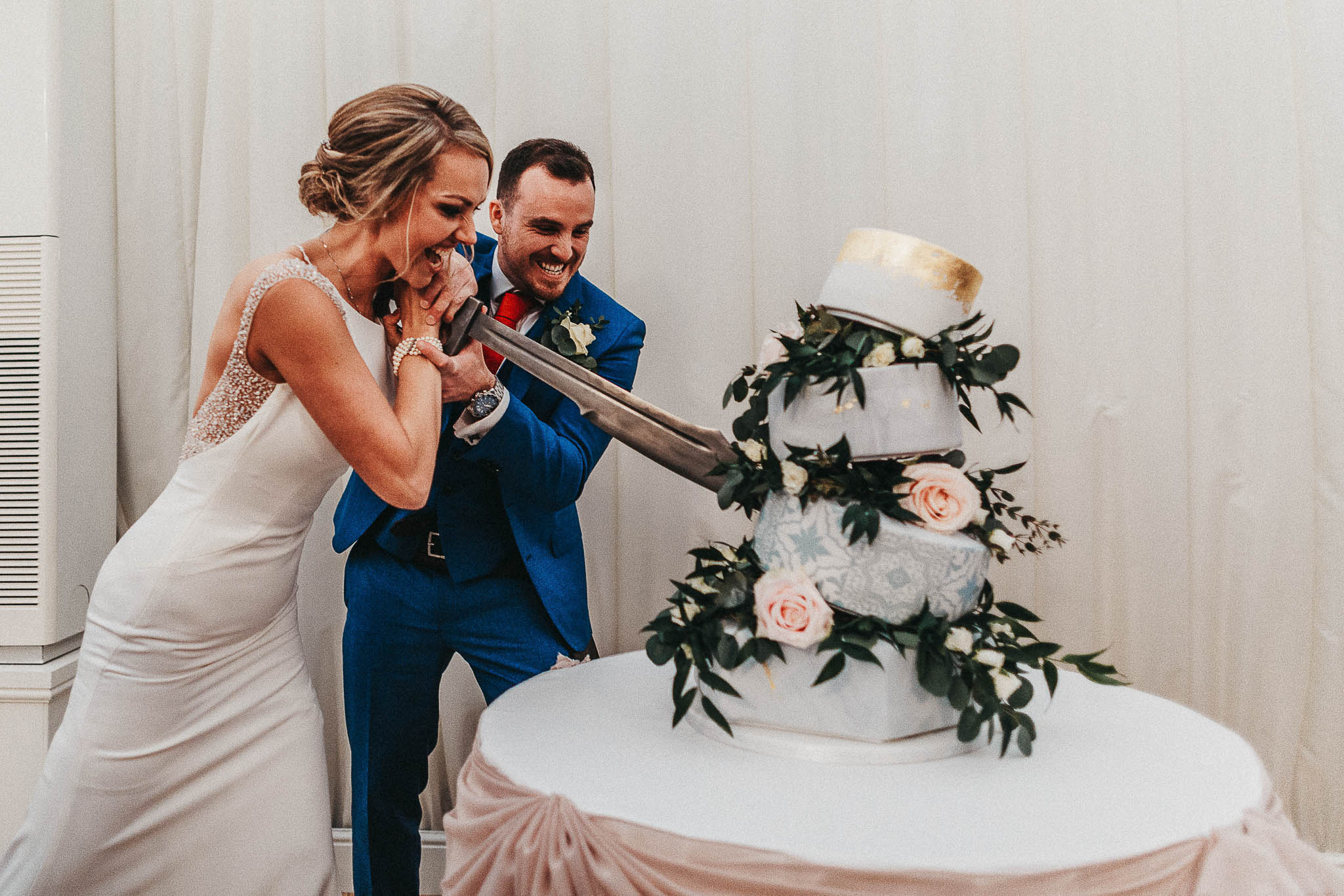 sword-cake-cutting