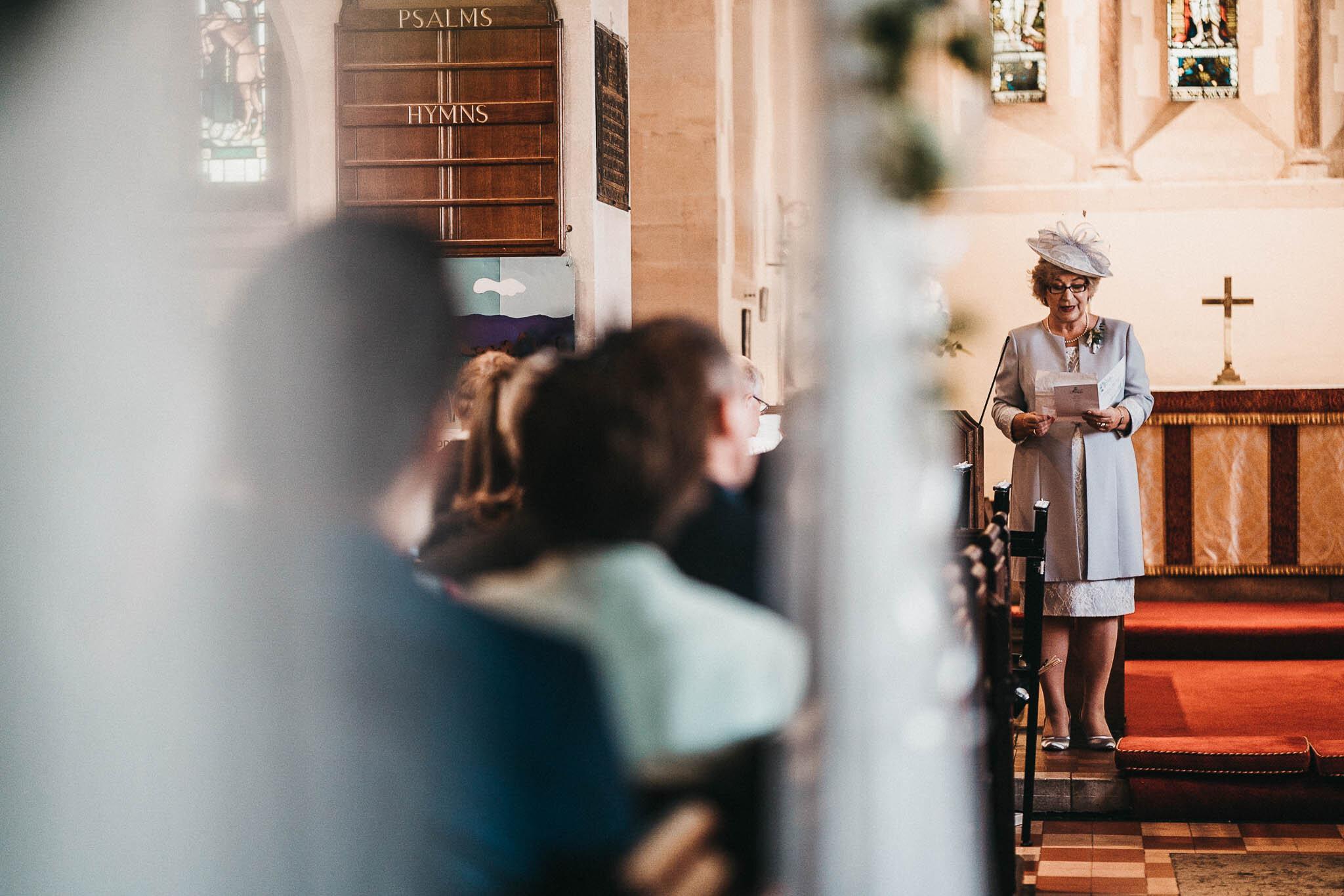 wedding-reading