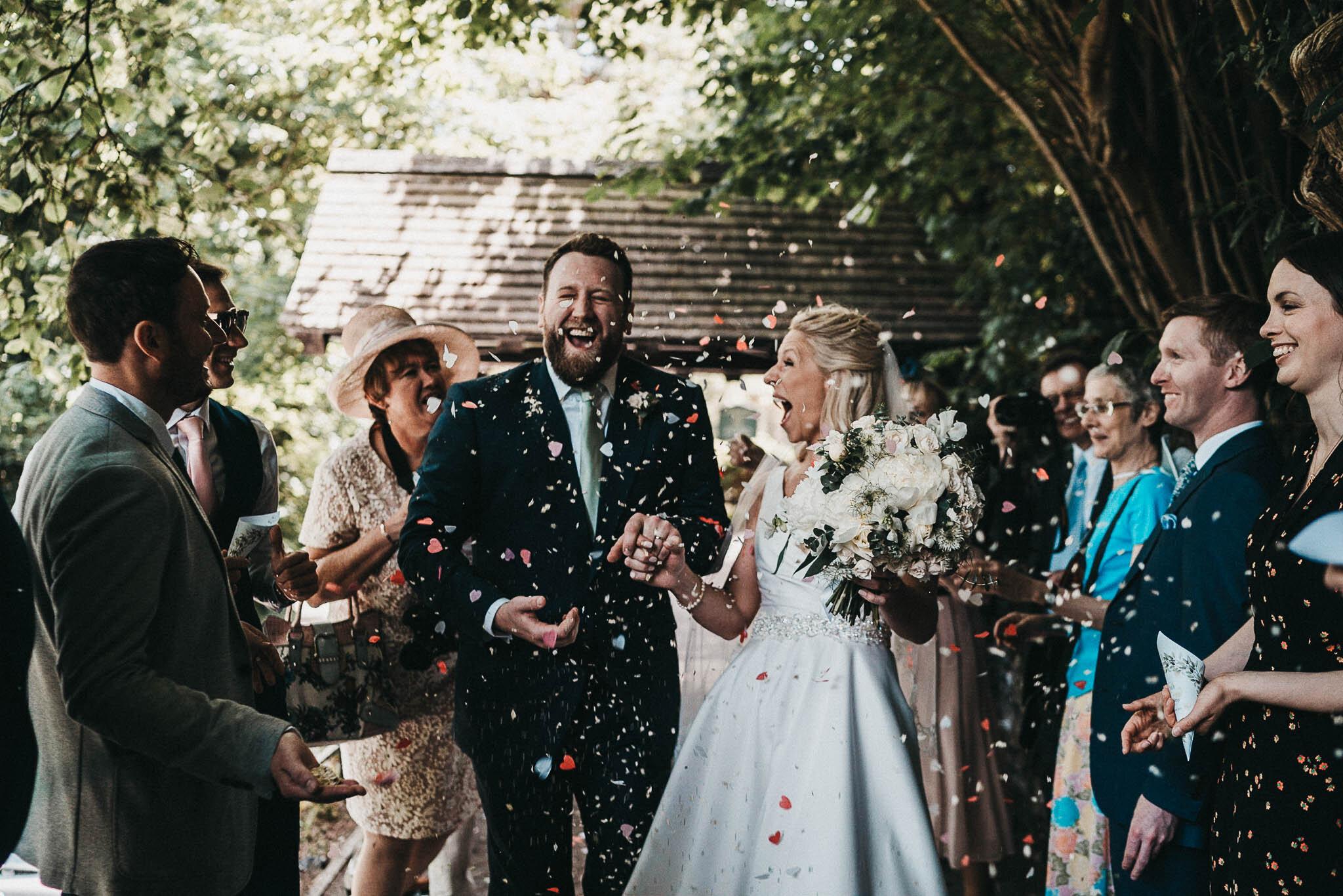church-wedding-confetti-picture
