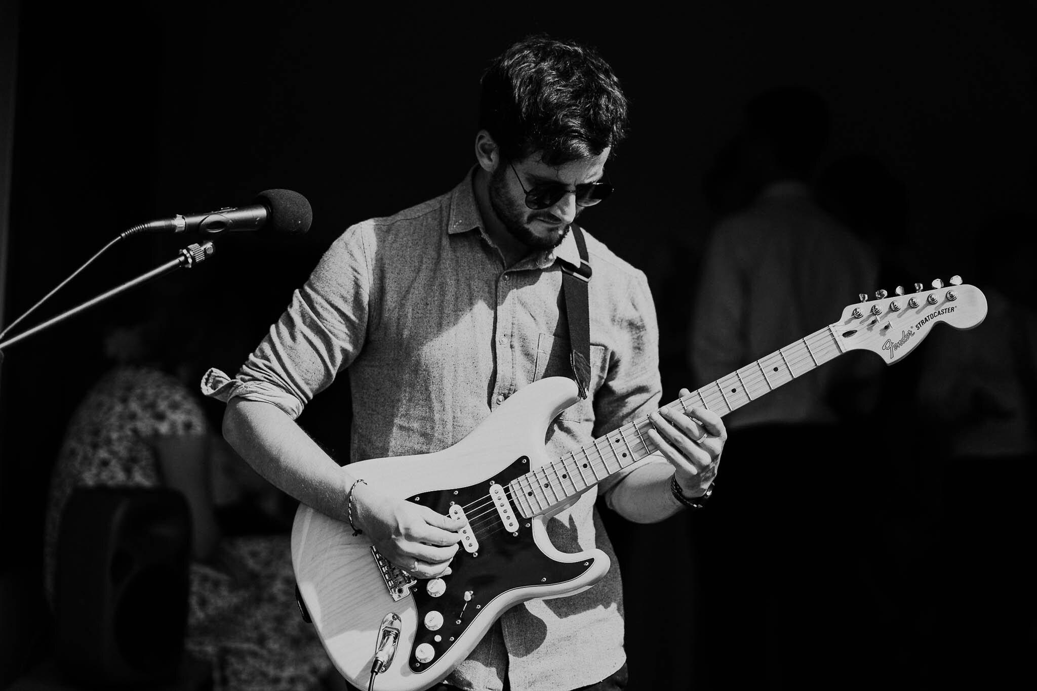 michael-sebastian-guitarist