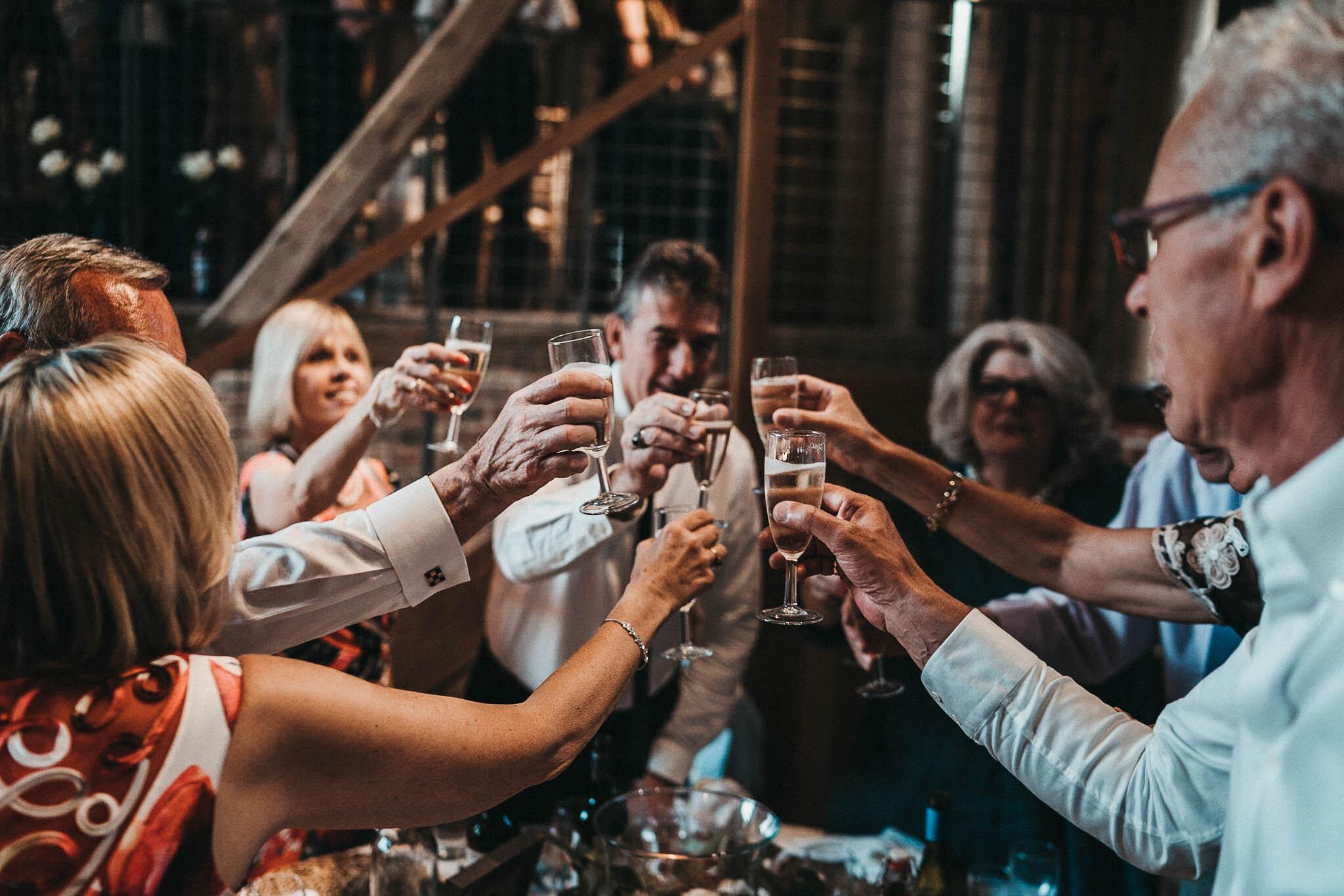 guests-toasting-at-the-oak-barn